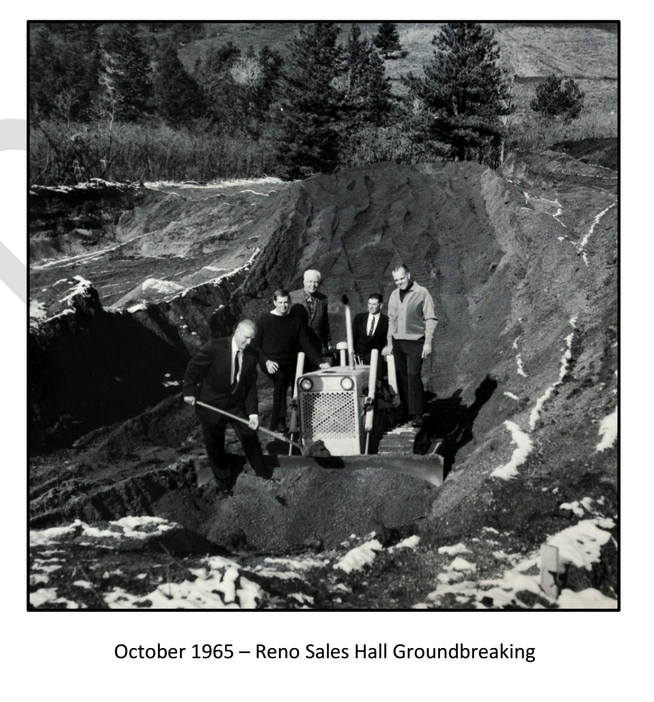 Image from the Rampart College Newsletter from 1965 showing a young Charles Koch (second from left) standing next to Robert LeFevre