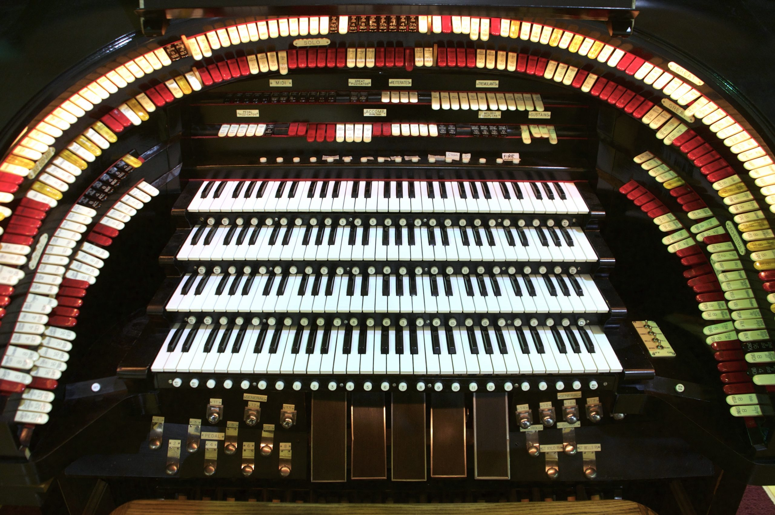 The organ console of the Mighty Kremer Wonder Organ.