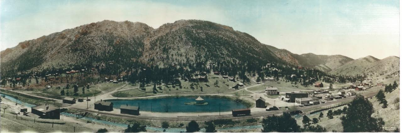 An image of Mt Esther (on the left), circa 1911-1931.