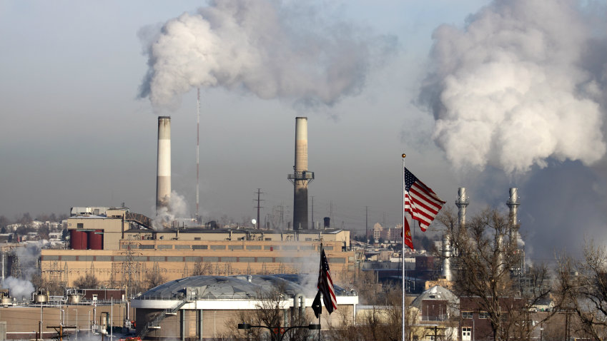 Photo: Coal power plant Littleton (iStock)