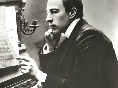 <p>Sergei Rachmaninoff in the early 1900s</p>