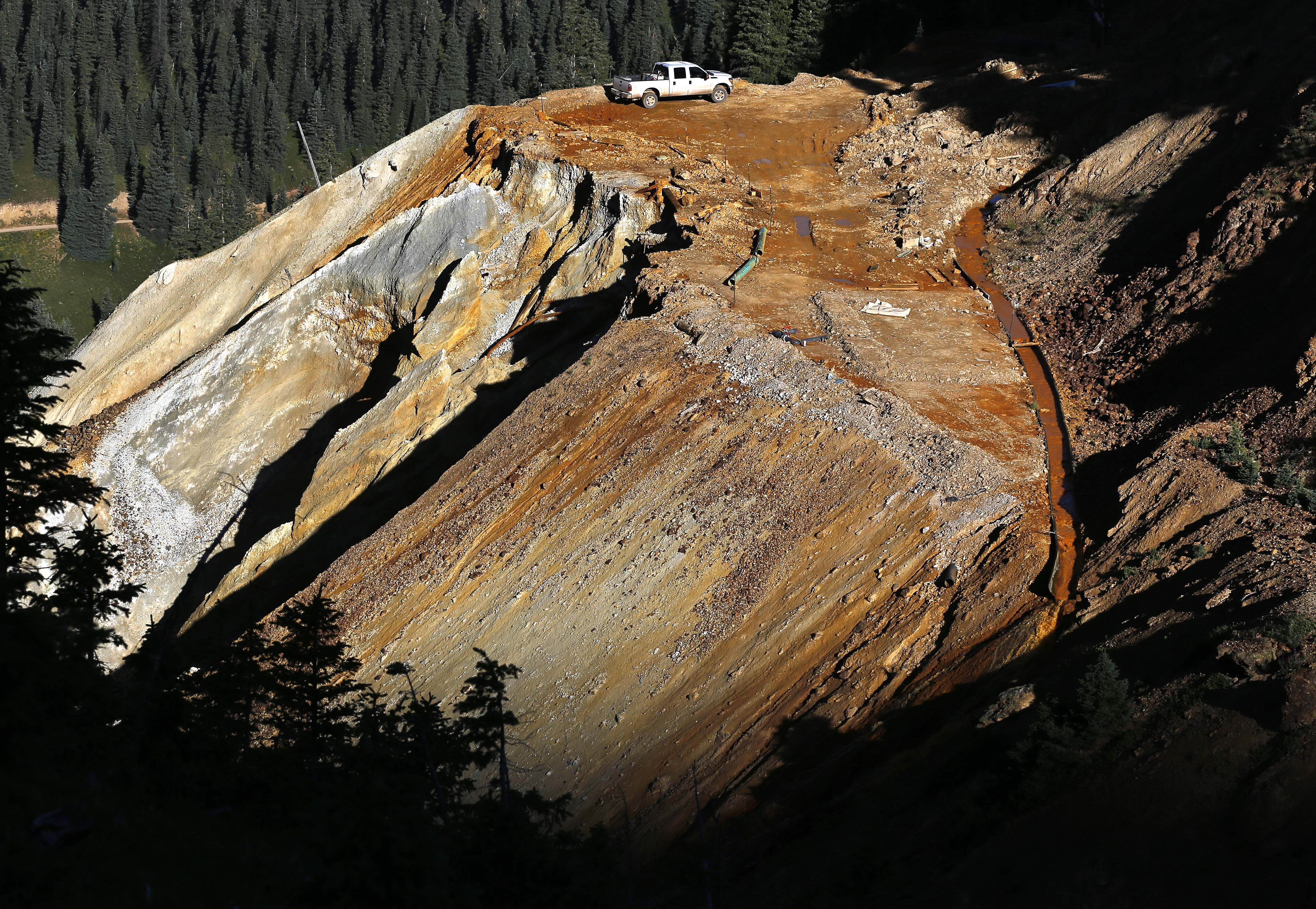 Photo: Gold King Mine Entrance Aug 13 Aerial (AP)