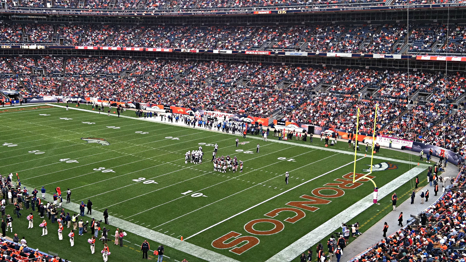 Photo: Denver Broncos Mile High Stadium