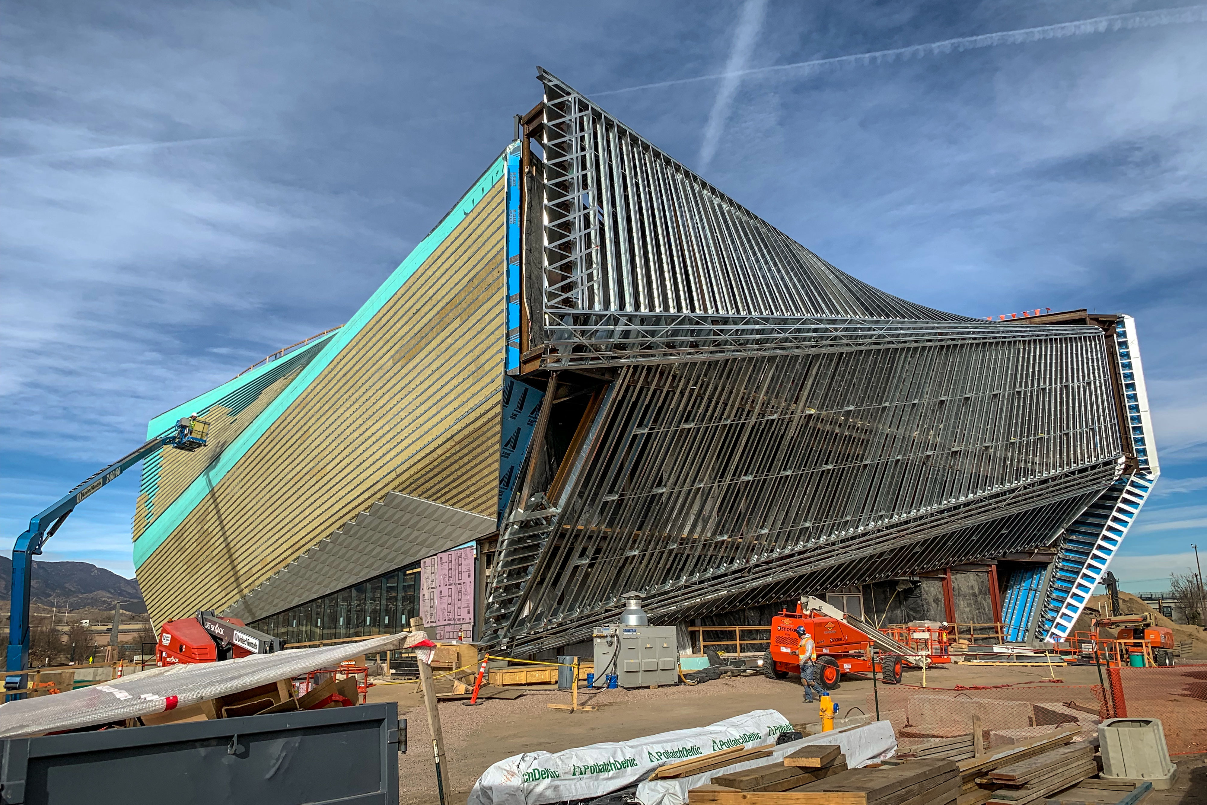 <p>Crews working on the United States Olympic Museum in downtown Colorado Springs, Dec. 21, 2018.</p>