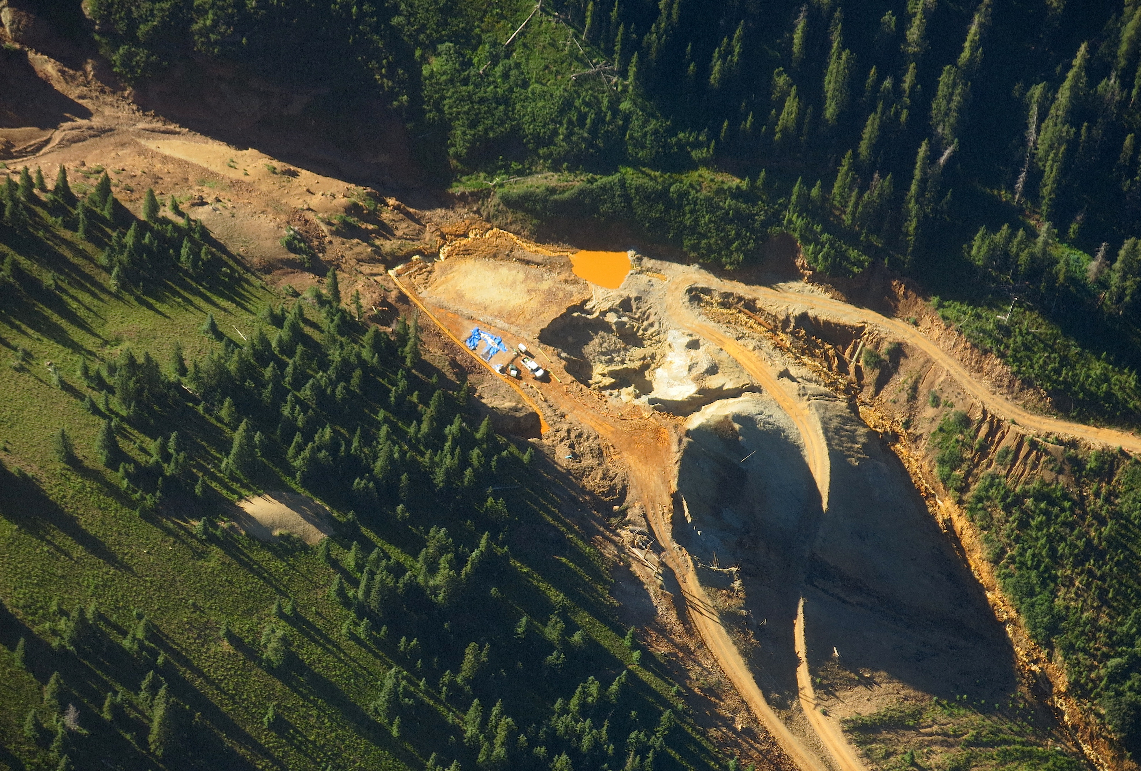 Photo: Gold King Mine Blowout Entrance Aerial (Hood)