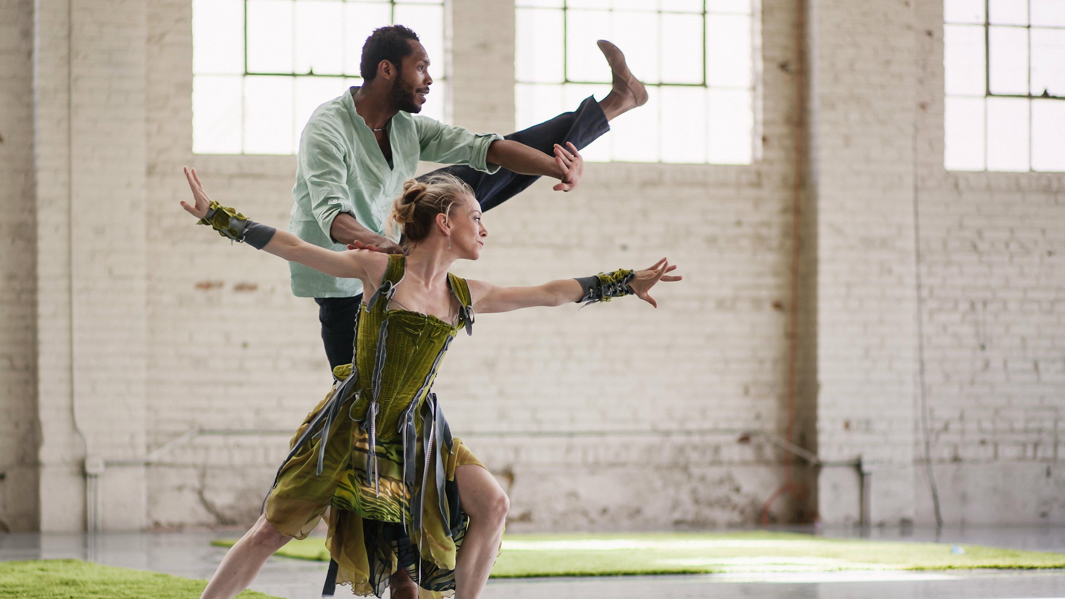 Photo: Wonderbound dancers
