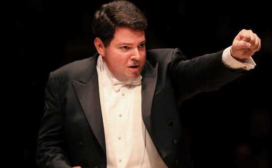 Photo: Conductor Andrew Litton
