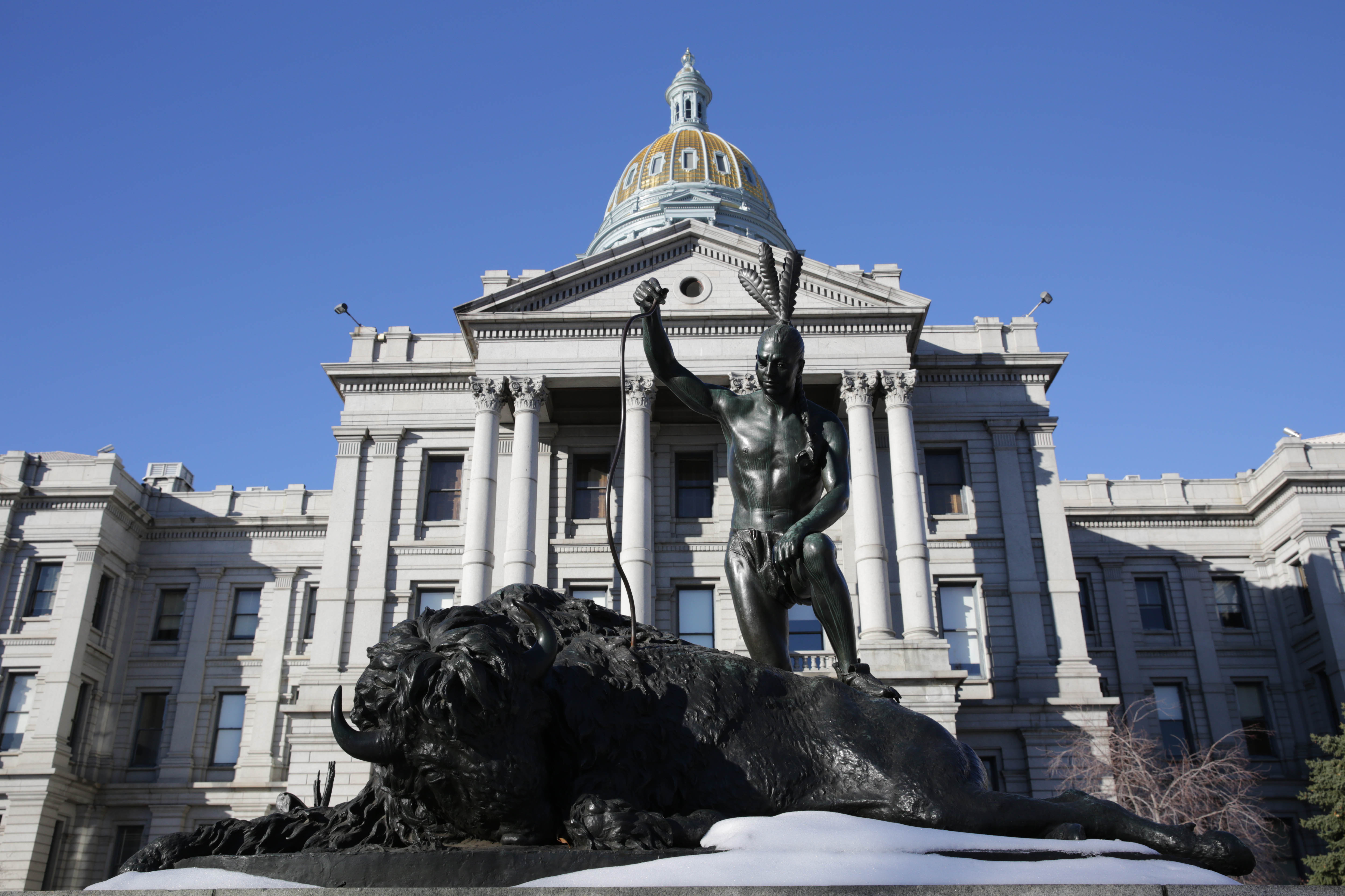 Photo: Colorado State House, State Capitol, December 2015, East Side, Snow
