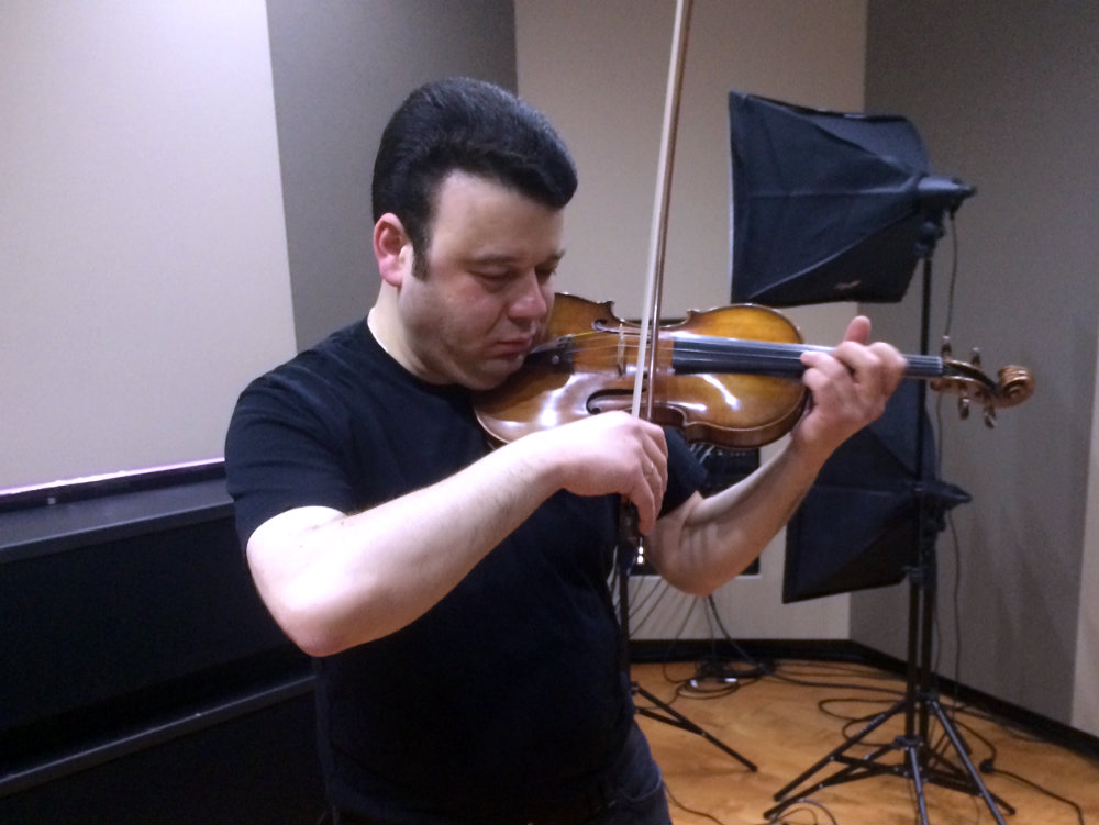 Photo: Vadim Gluzman in the CPR Performance Studio