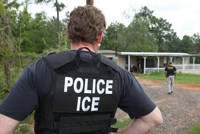 Photo: ICE arrest in Texas