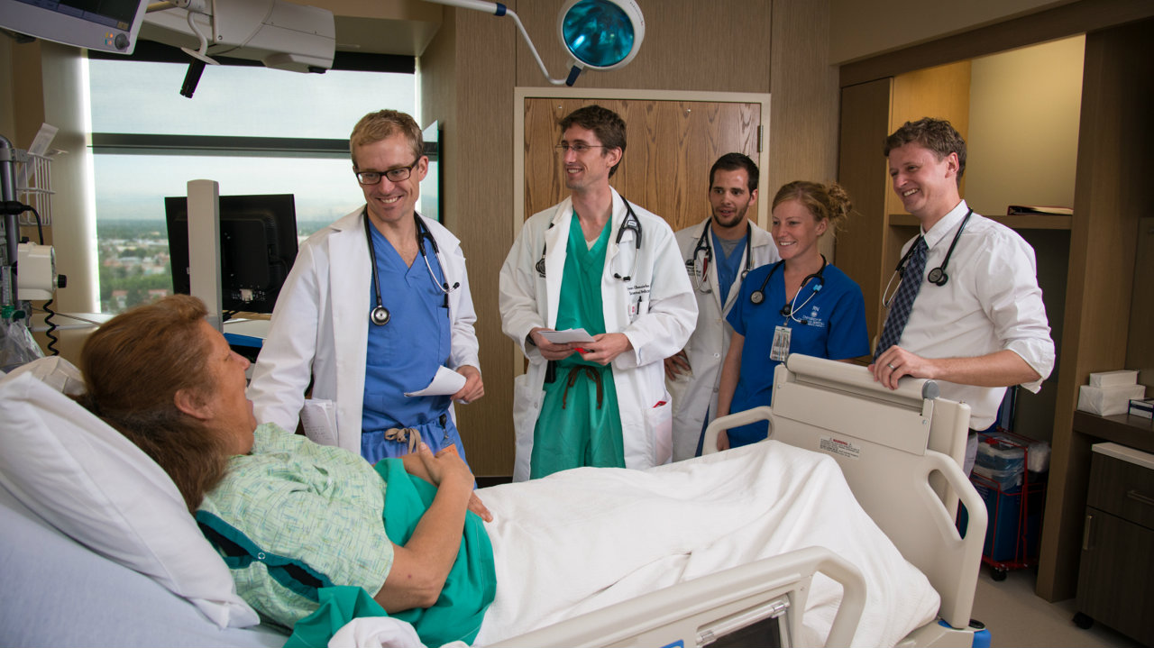 Photo: University of Colorado Hospital doctors on rounds