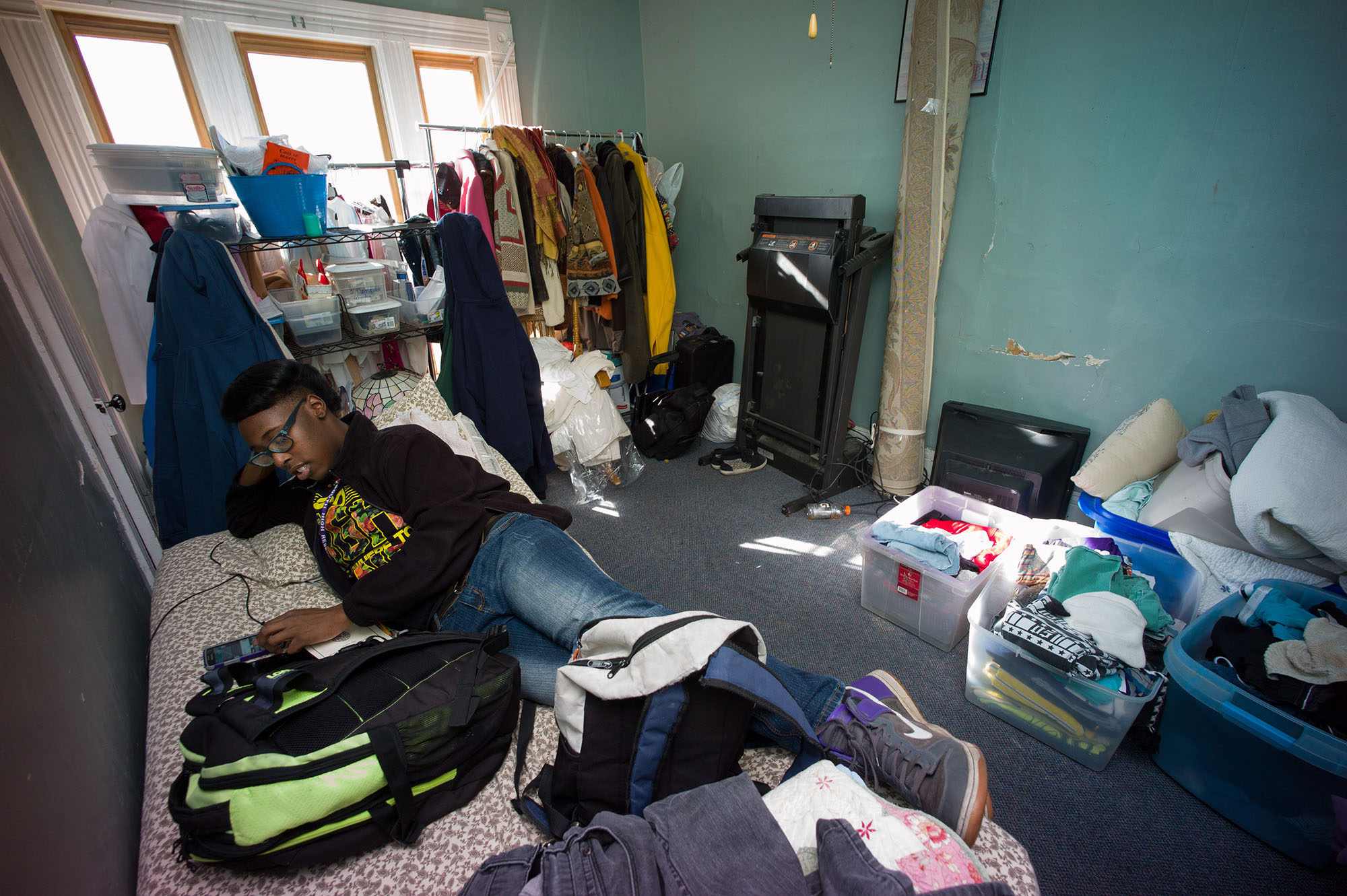 Photo: Chaunsae Dyson in his room