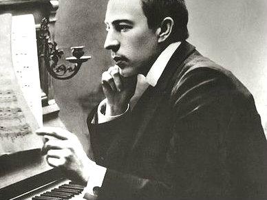 Photo: Rachmaninoff at piano