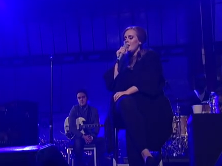 Photo: Adele performs live thumbnail