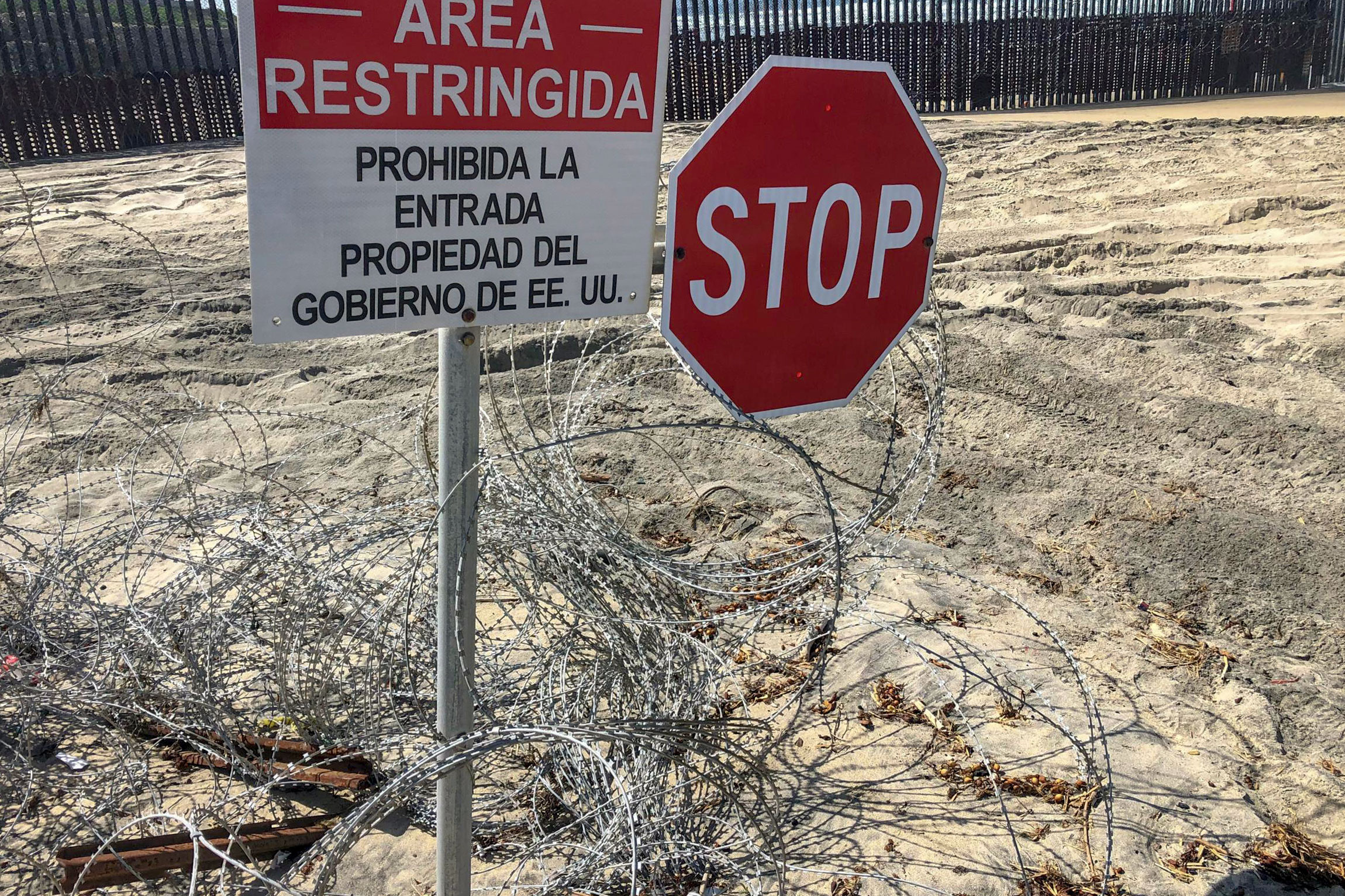 Photo: American Homefront Project Border Wire | San Diego Beach Wire Fence - Courtesy