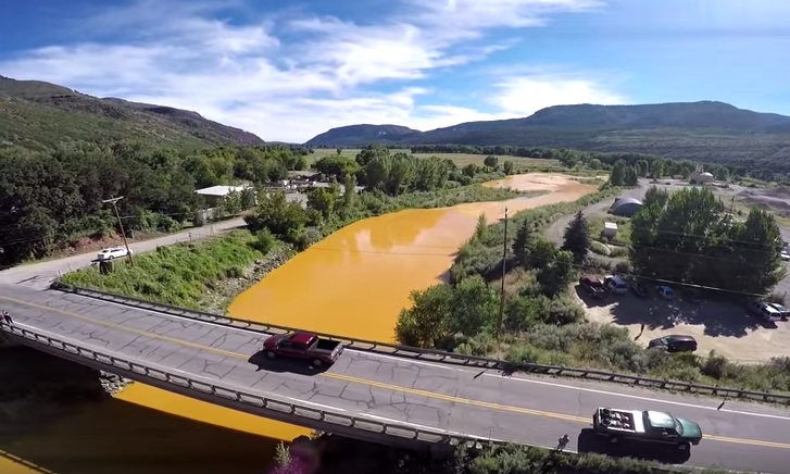 Photo: Animas River Mine Pullution (YouTube Cap)