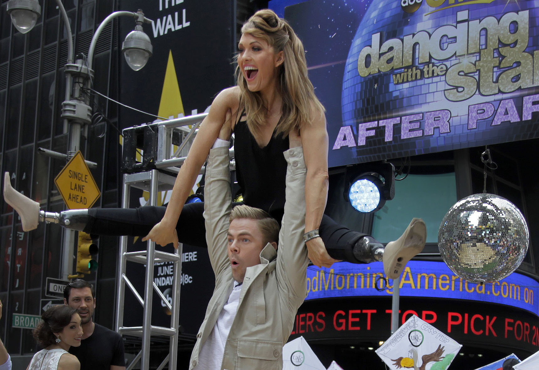 Photo: Amy Purdy with 'Dancing With The Stars' partner Derek Hough