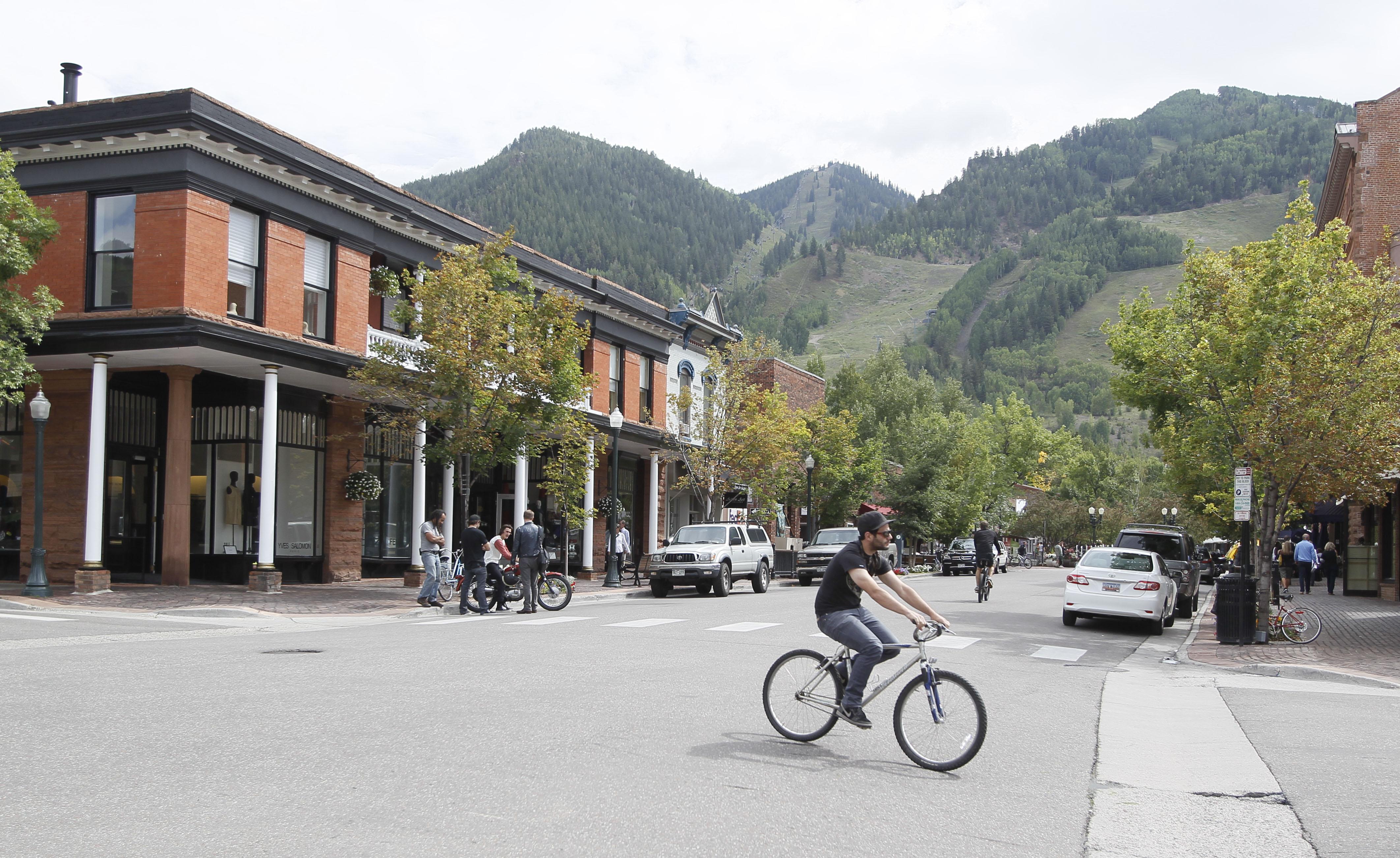 Photo: Main Street in Aspen (AP Photo)