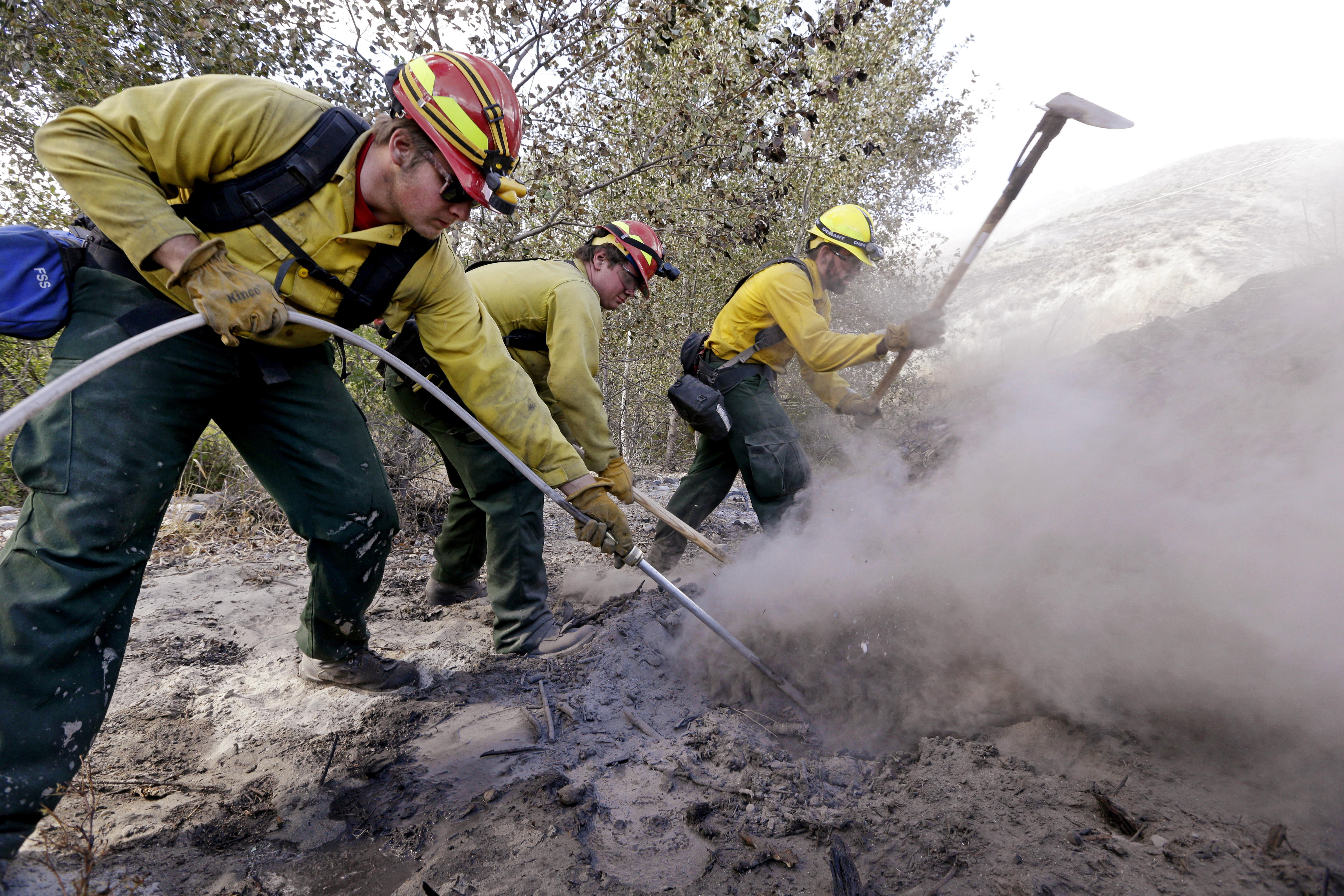Photo: Wildfire Fighters In Washington State (AP Photo)