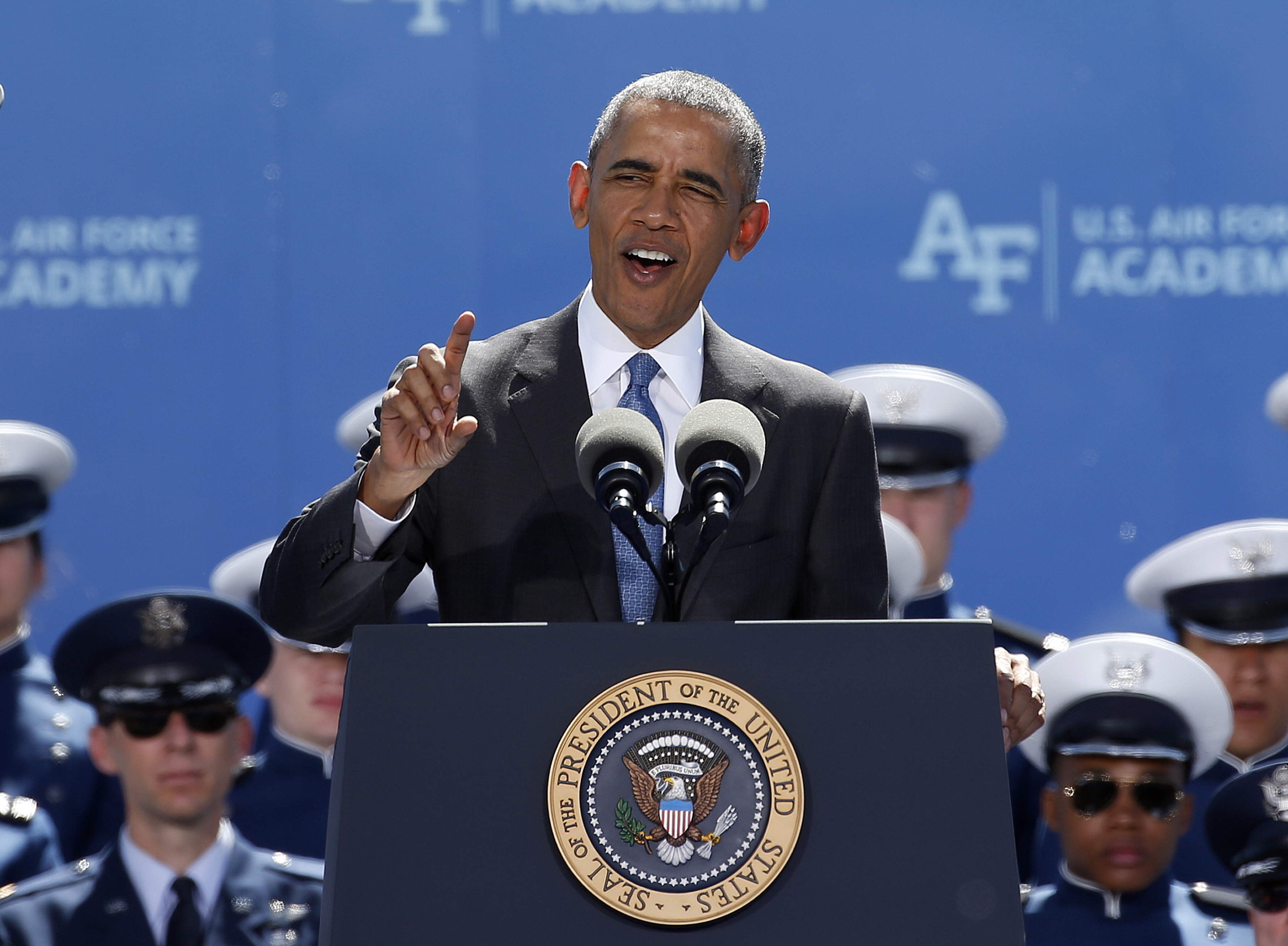 Photo: Obama, Air Force Academy
