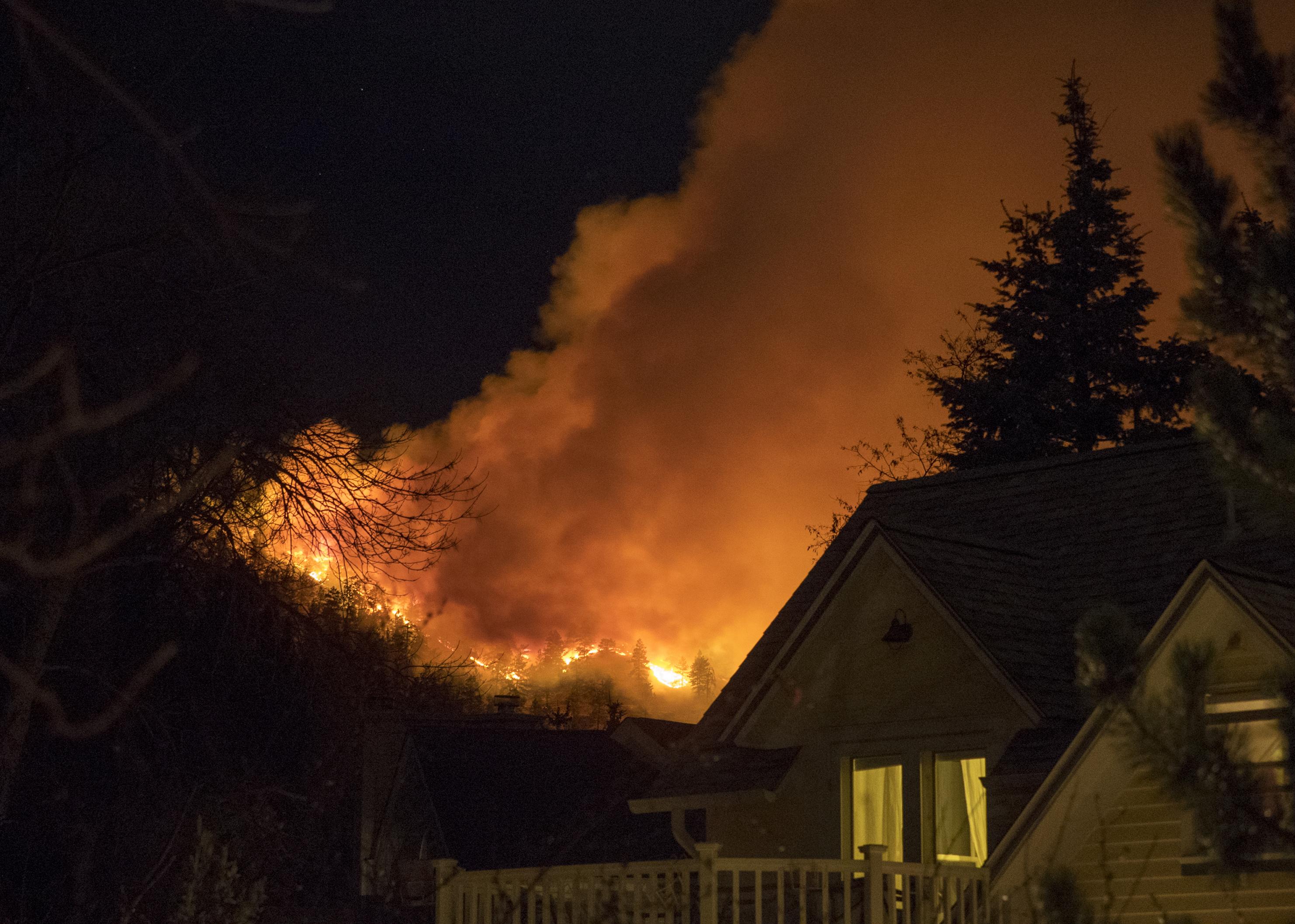 Photo: Sunshine Fire Boulder 1 AP