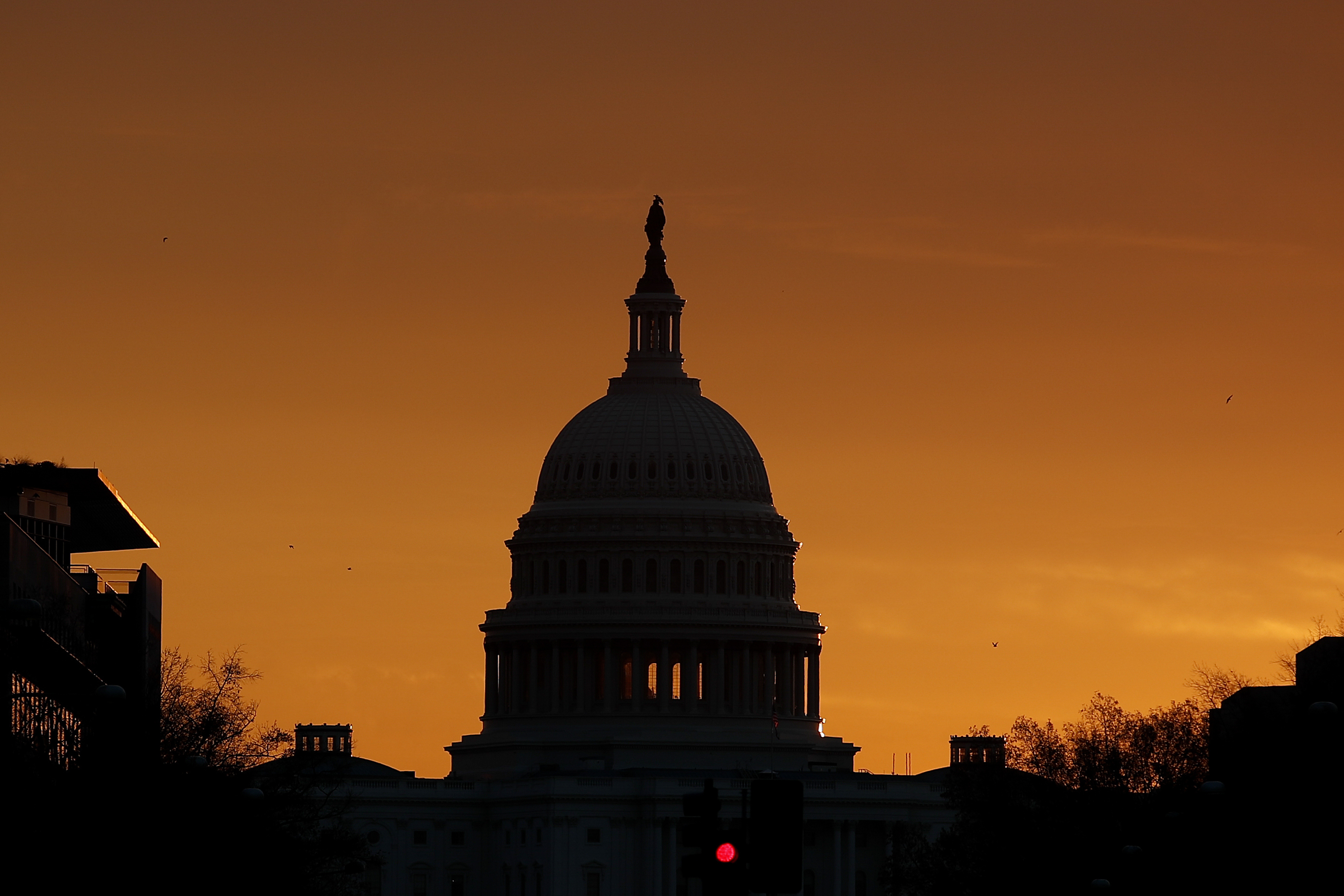 Photo: US Capitol Sunrise 2 (AP)