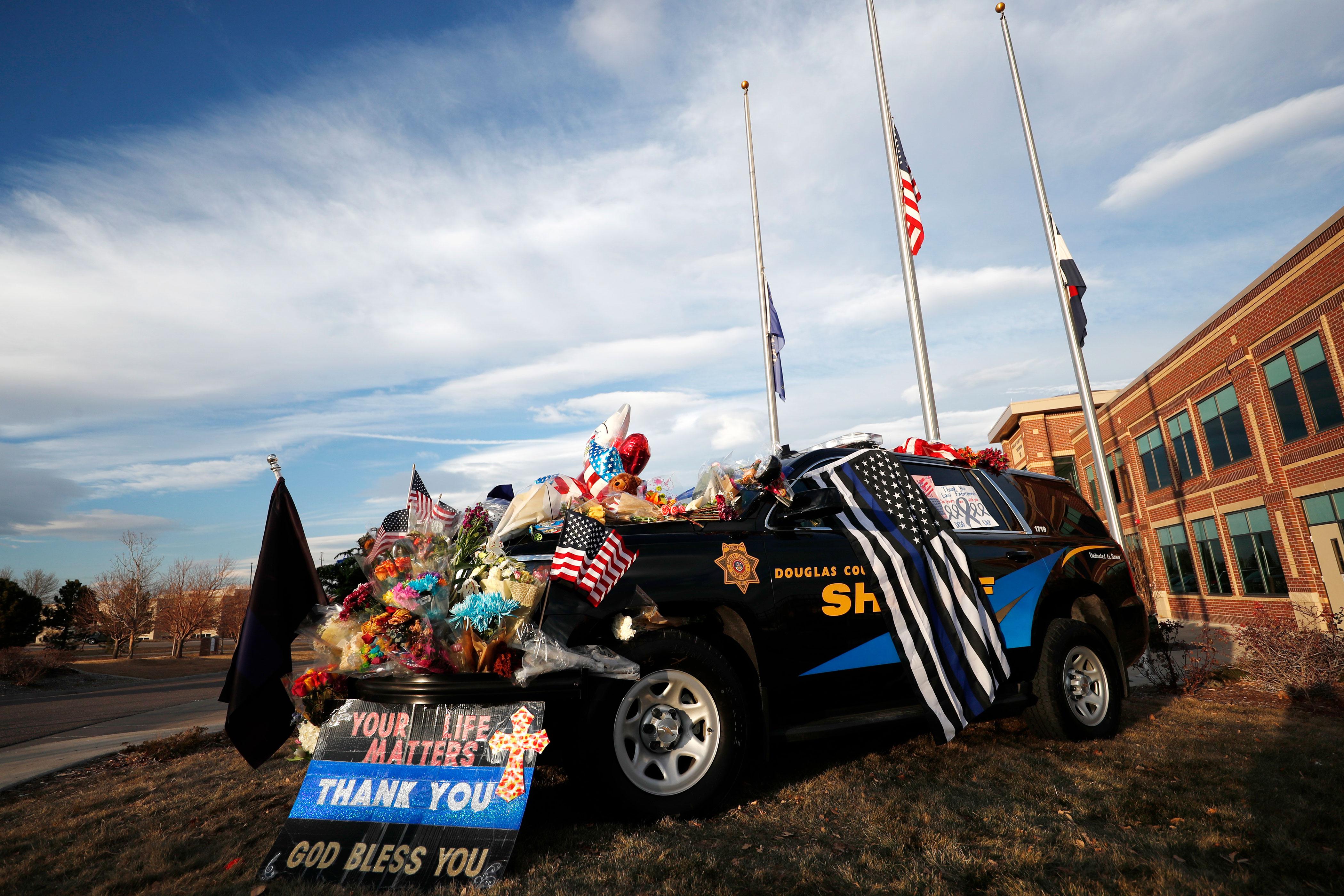 Photo: DougCO Deputies Down Colorado 1 | Sheriffs Truck Tribute- AP