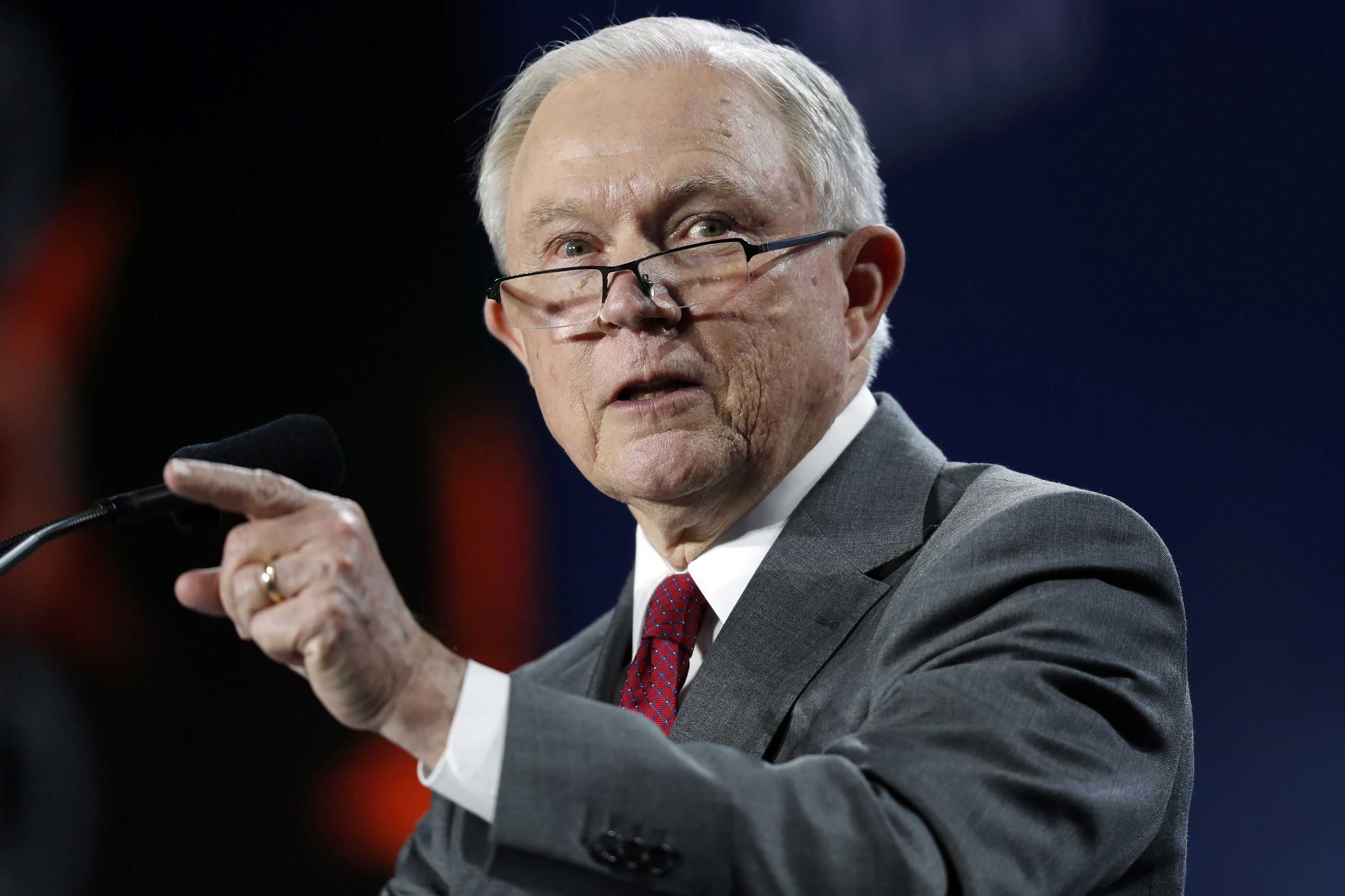 Photo: U.S. Attorney General Jeff Sessions at the Western Conservative Summit 1