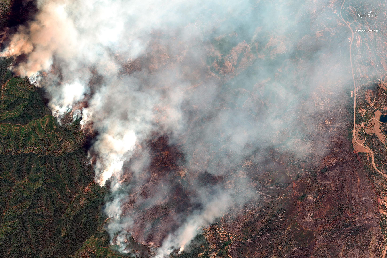 Photo: 416 Fire | June 10 Sat Photo Digital Globe - AP