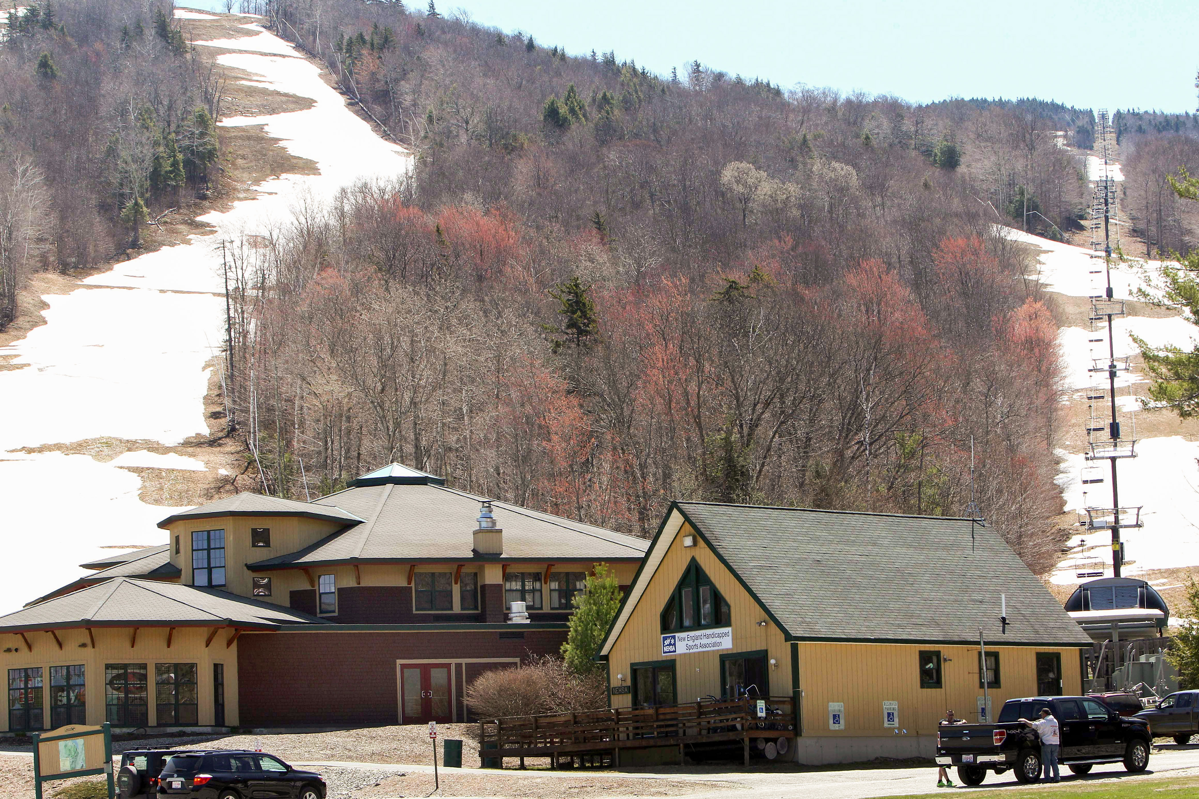 Photo: Vail Buys 3 Resorts | Mount Sunapee, New Hampshire - AP