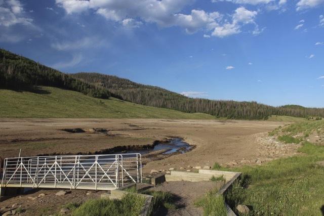 Photo: dry drought southwest | AP
