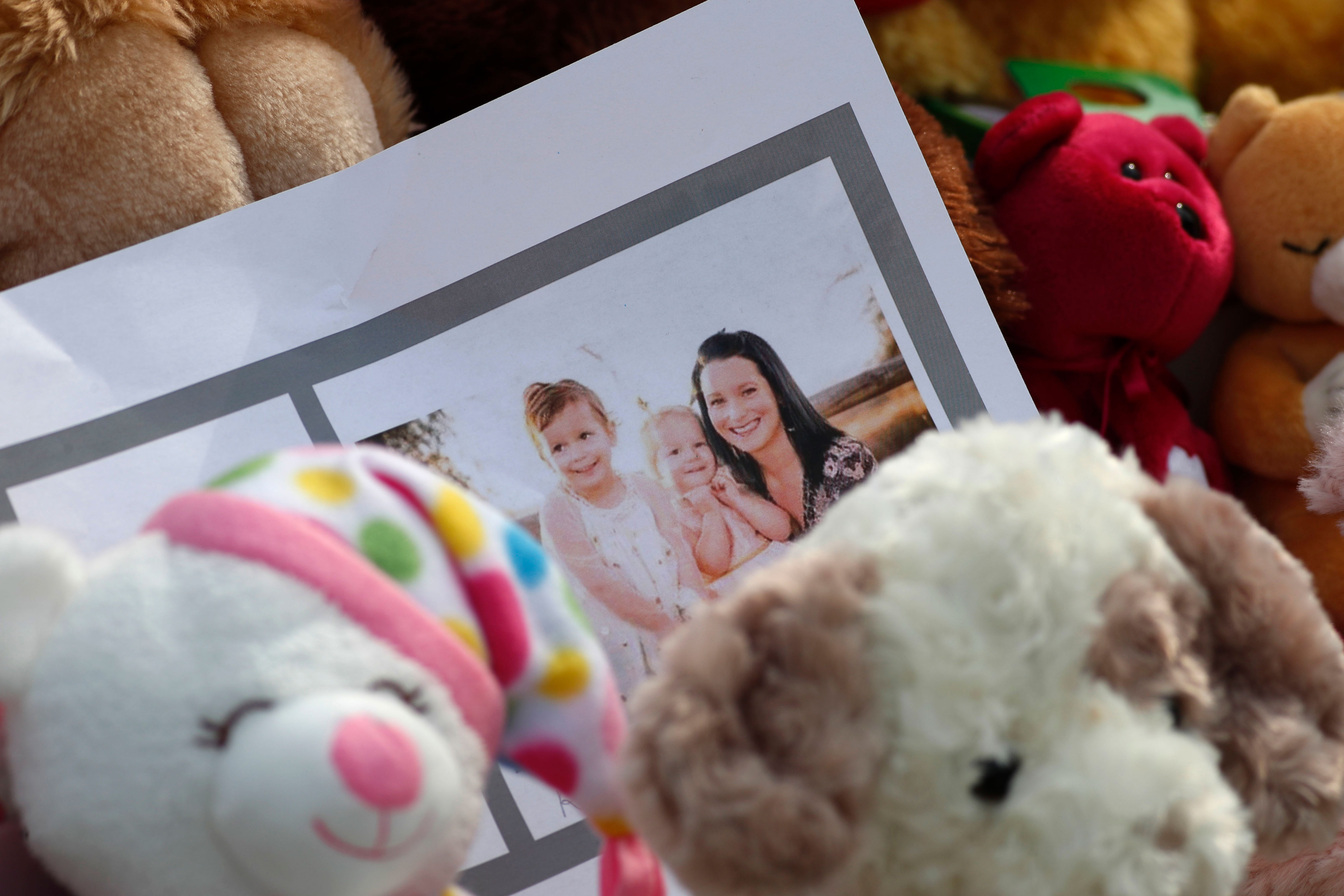 Photo: Chris Shannan Watts Murder Case 6 | Photo Tribute - AP
