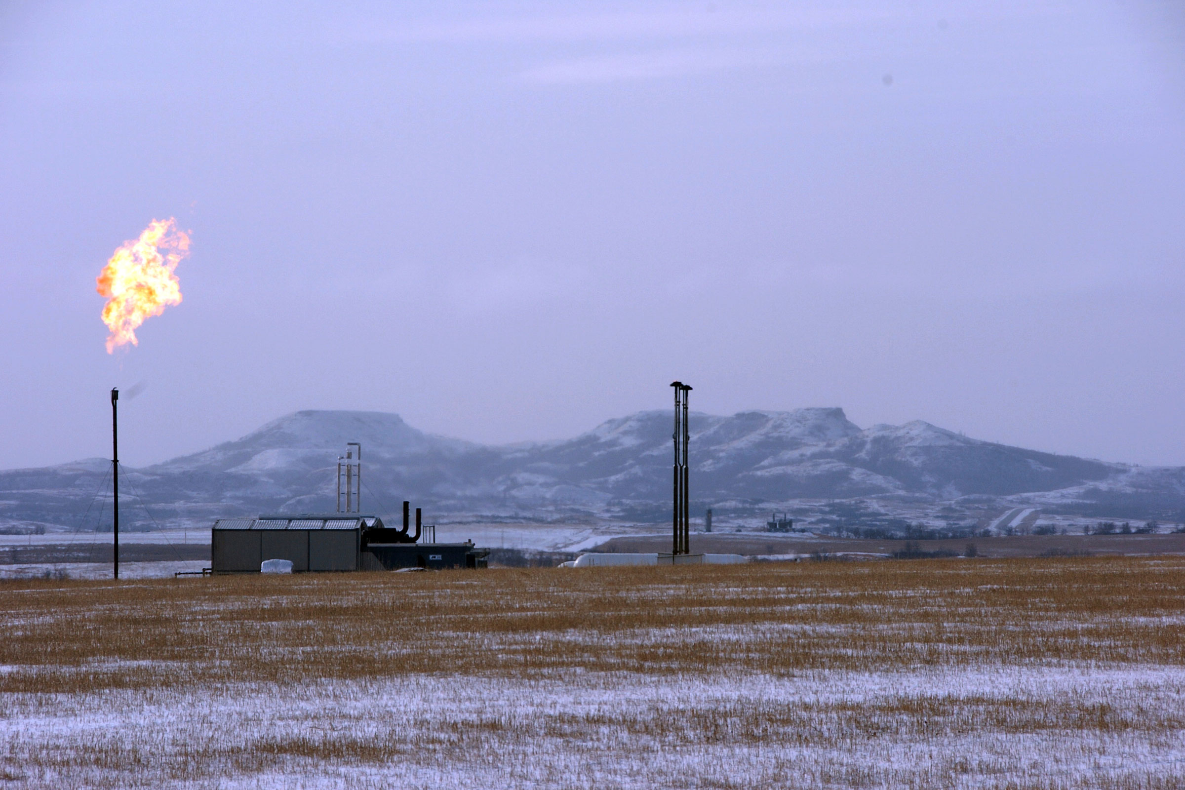 Photo: Interior Methane Rule | Williston ND Gas Flare - AP