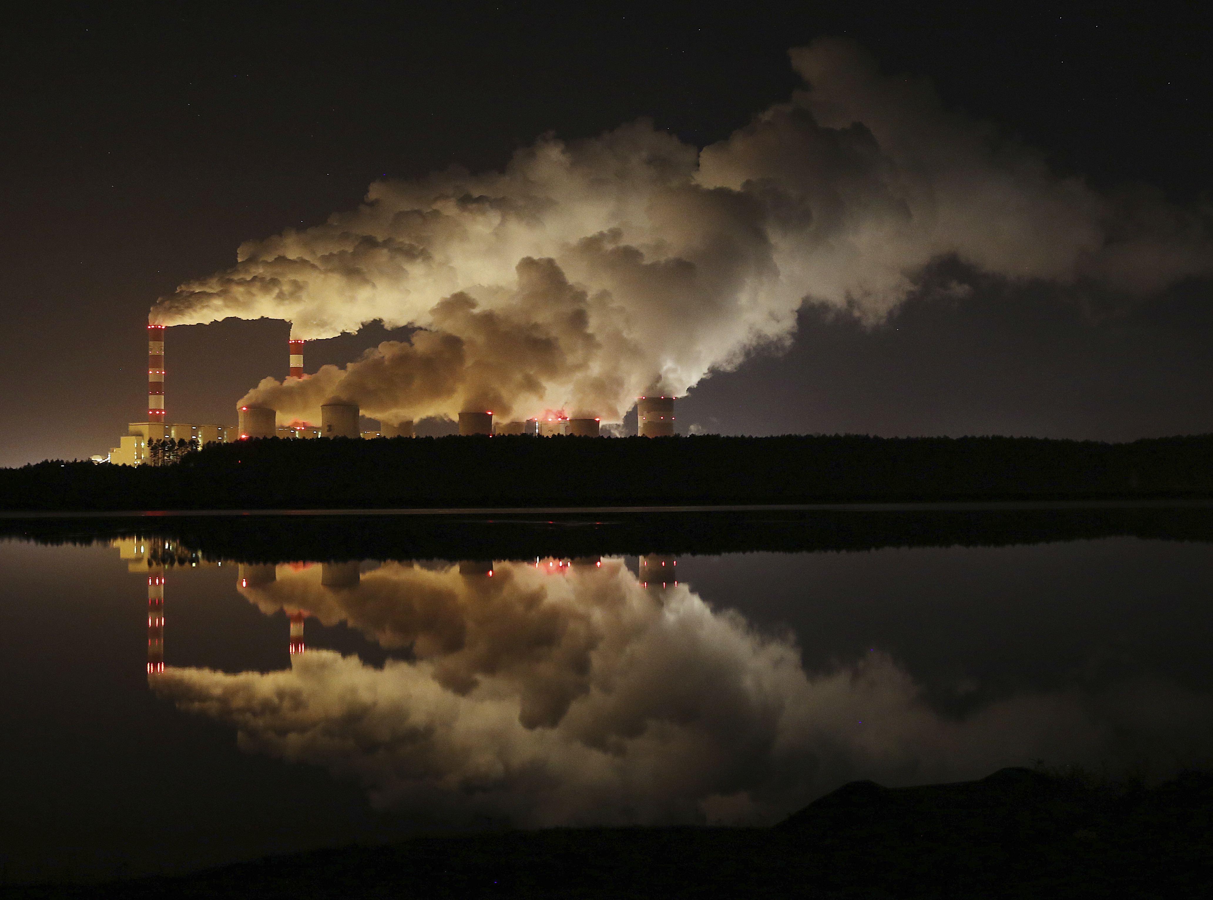 Photo: Global Warming Carbon Dioxide Poland Power Plant