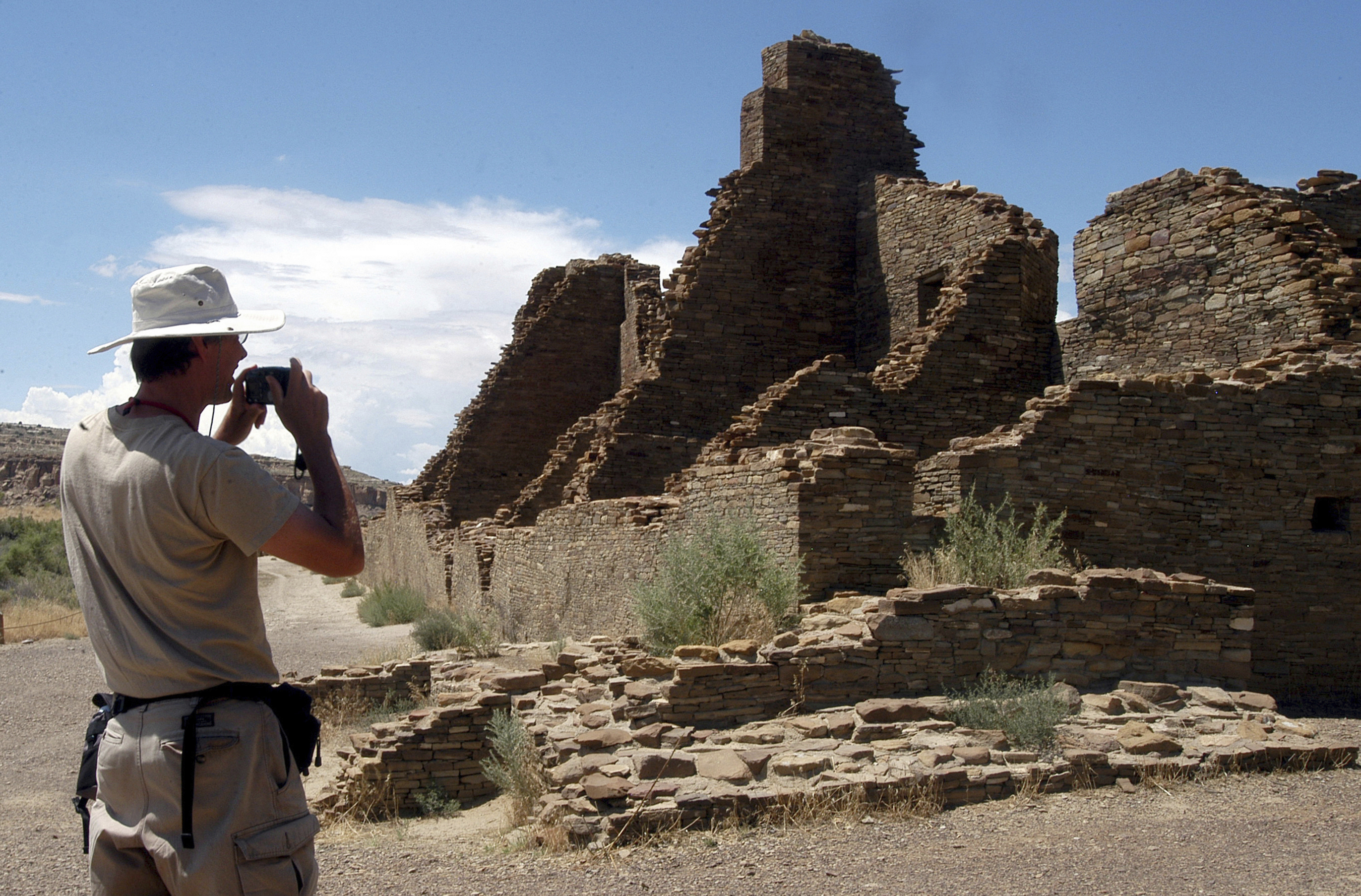 Photo: Chaco Canyon Drilling | U.S. land managers will move forward with oil and gas leases of land near Chaco Culture National Historical Park and other sites sacred to Native American tribes.-- AP