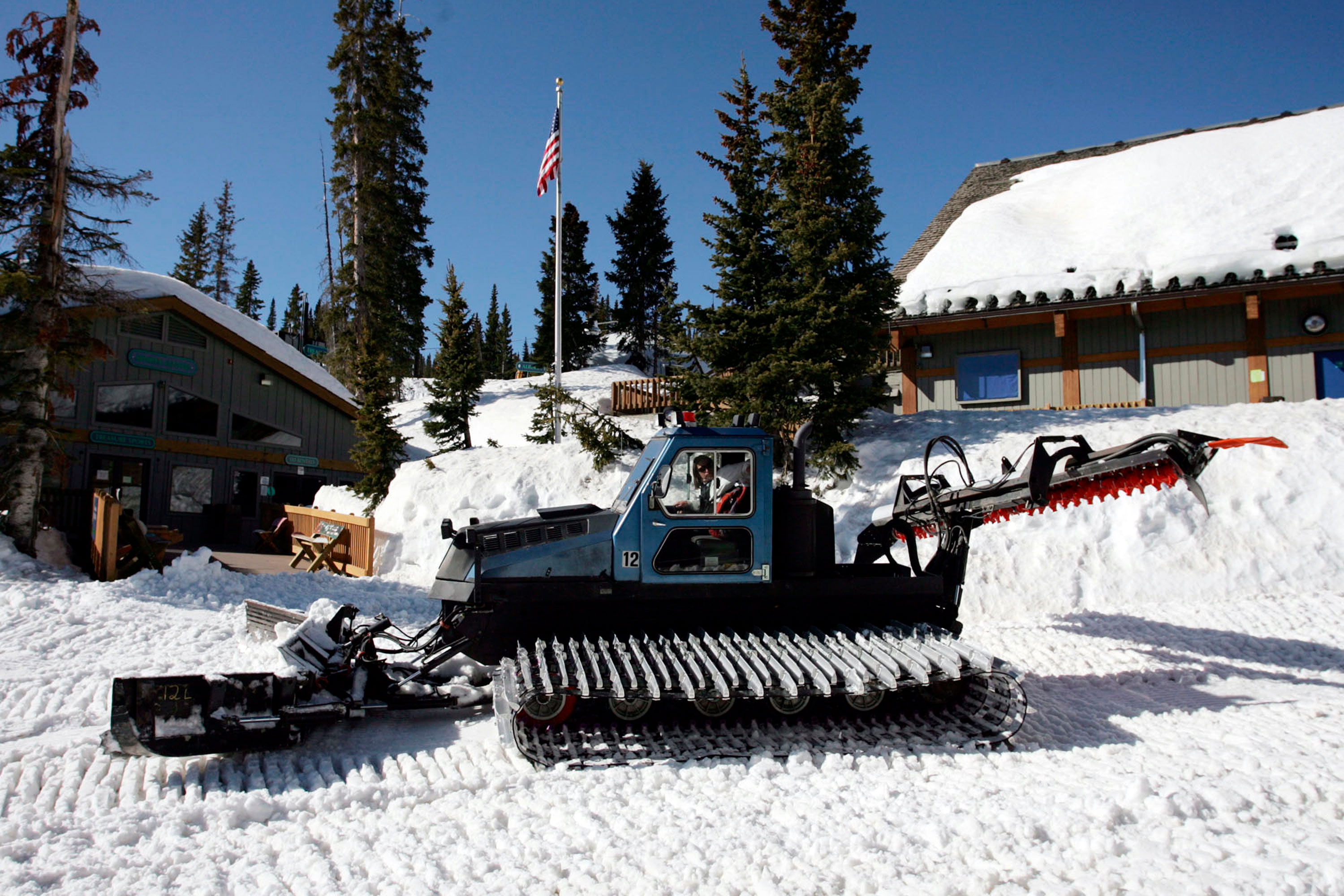 Photo: Wolf Creek Ski | Snow Cat - AP