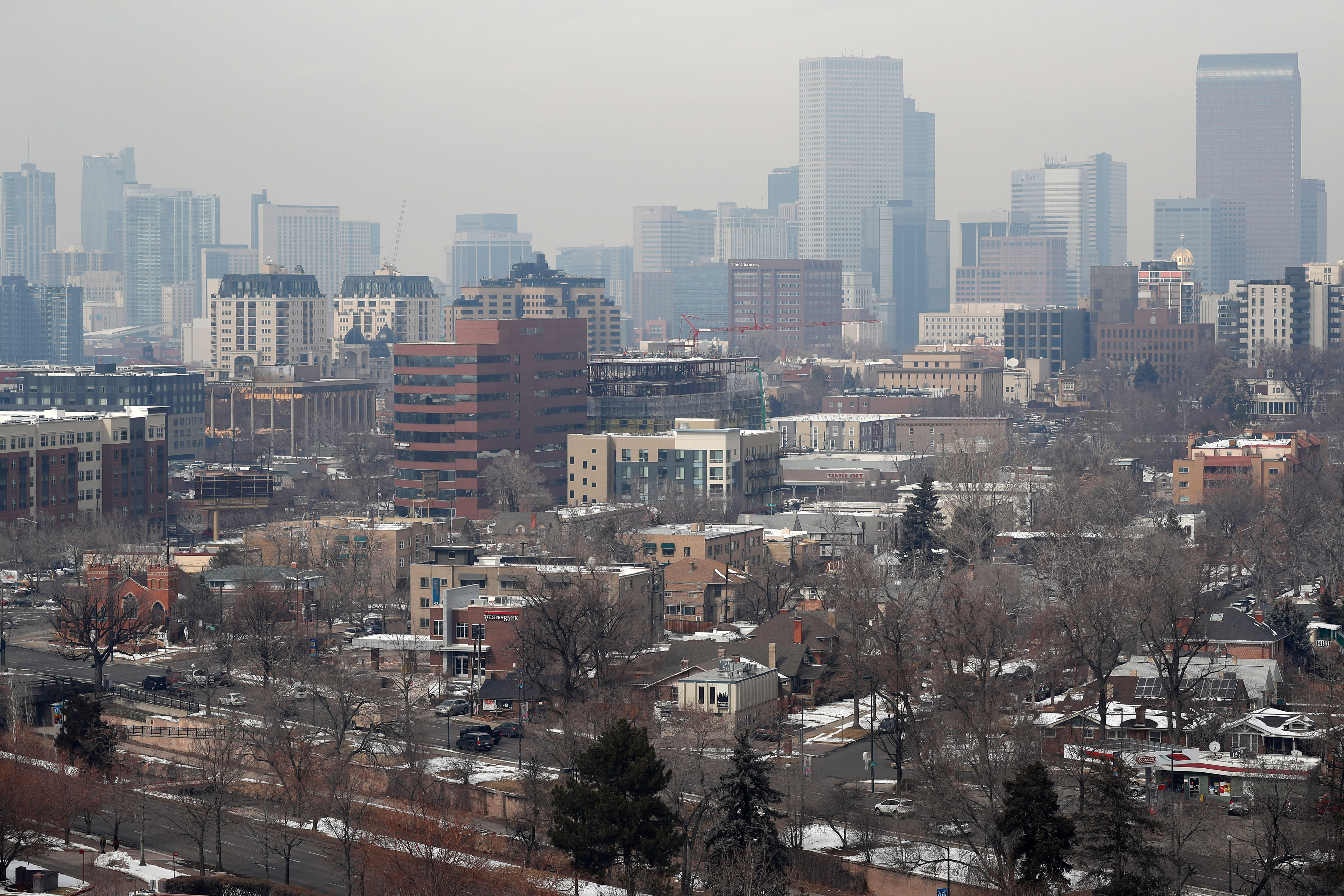Photo: Denver Air Pollution March 2019 | Brown Cloud Downtown - AP