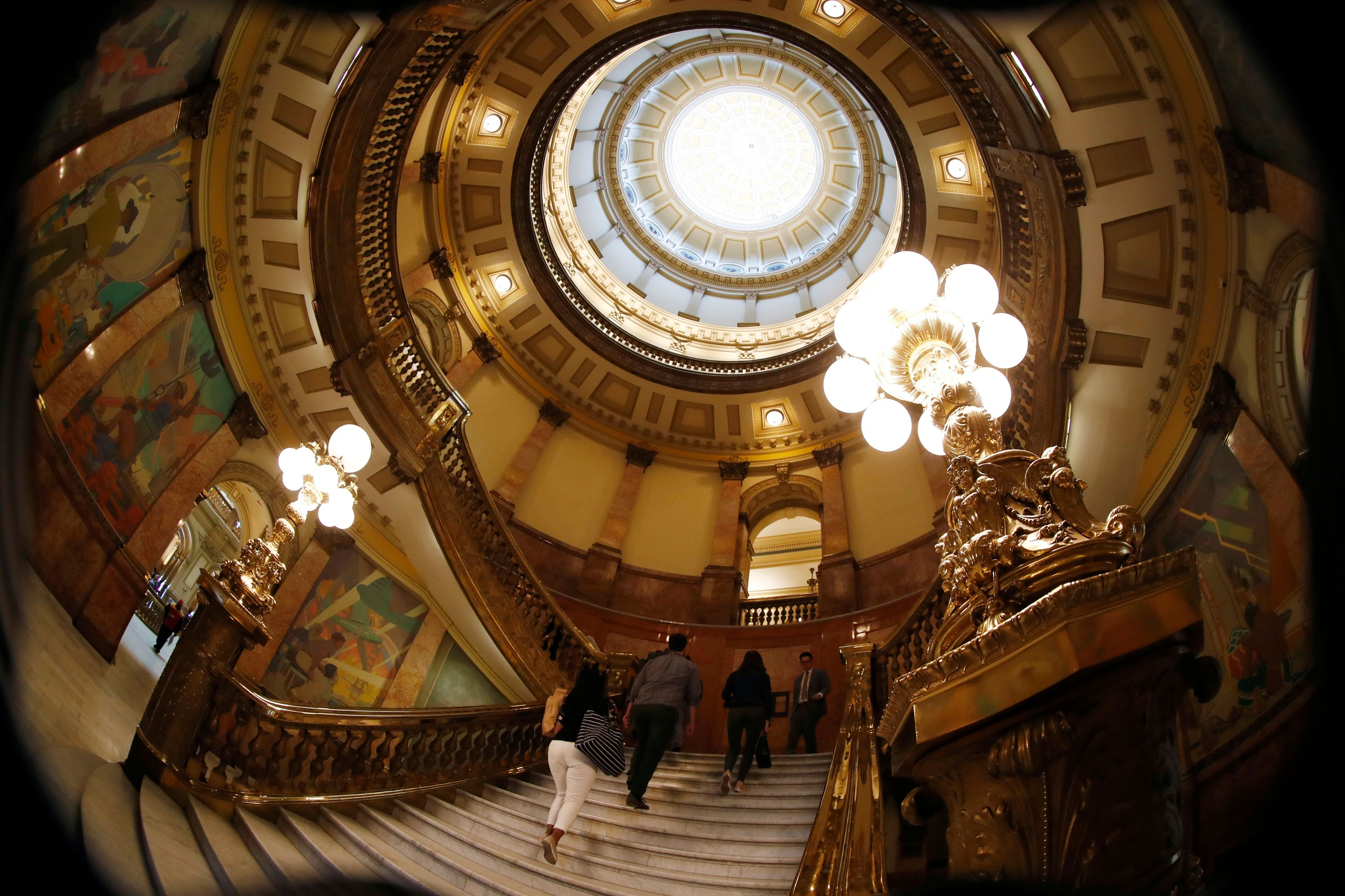 Photo: COLEG 2019 | Colorado Capitol Stairs And Rotunda - AP