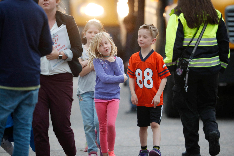 Photo: STEM Shooting 13 | Kids Off Bus, Rec Center - AP