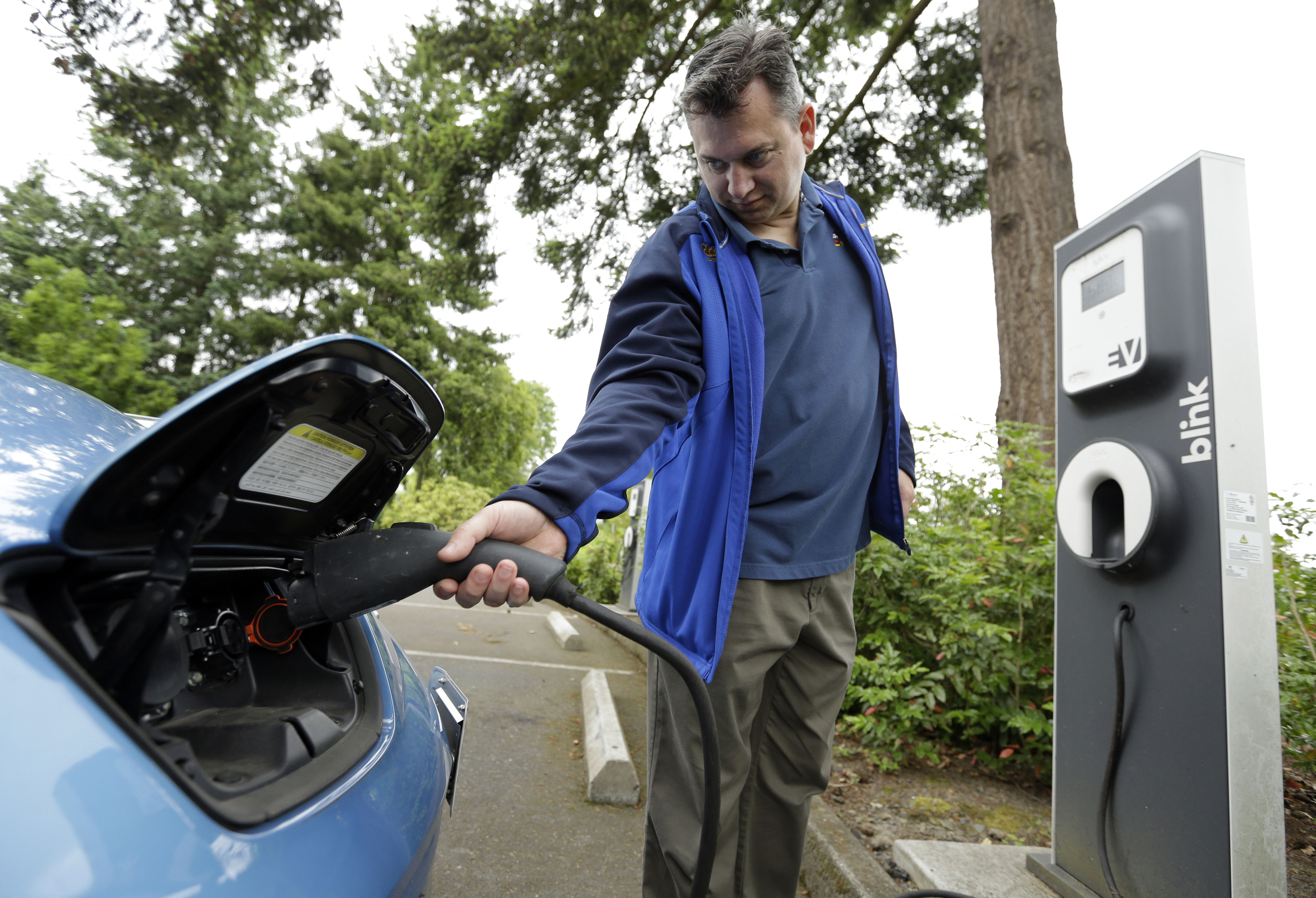 Photo: Electric Car Charge Oregon (AP)