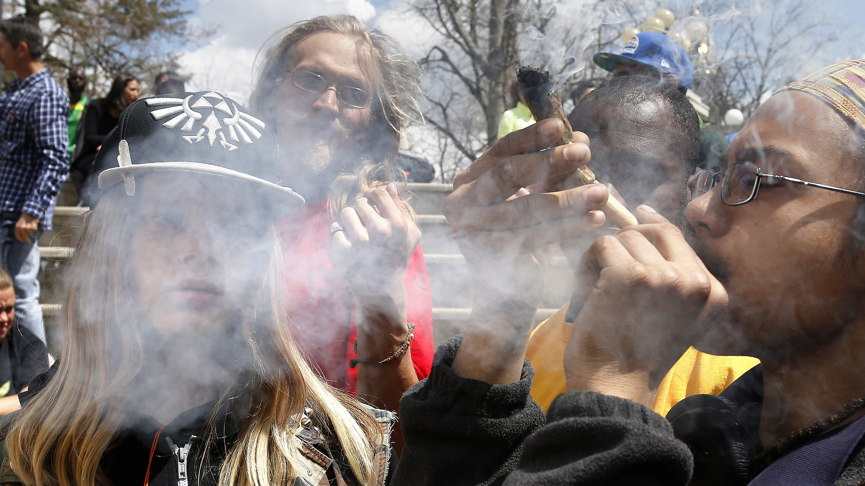 Photo: Marijuana Smokling, Denver 4/20 Day (AP/File)