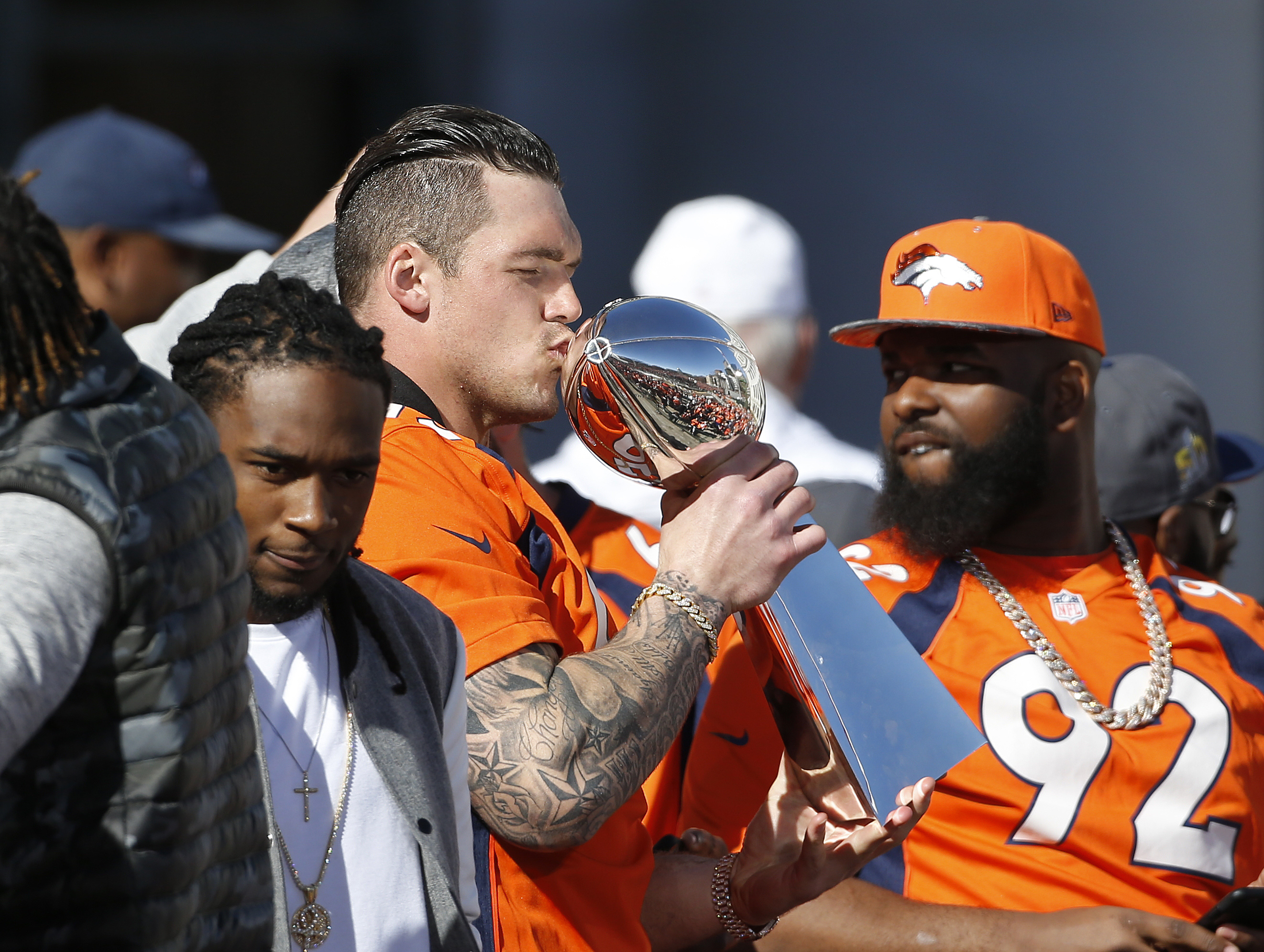 Photo: Broncos parade 12 | Wolfe kisses trophy