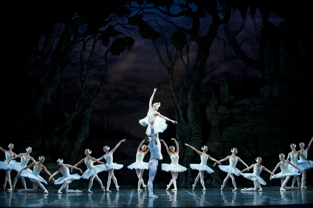 Photo: Swan Lake Colorado Ballet cast