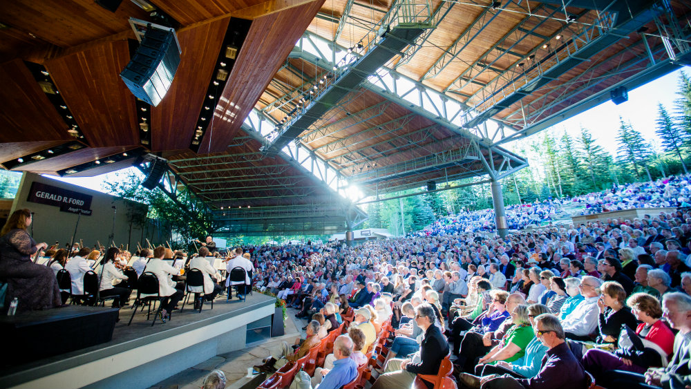 Photo: Bravo Vail audience watches Dallas Symphony