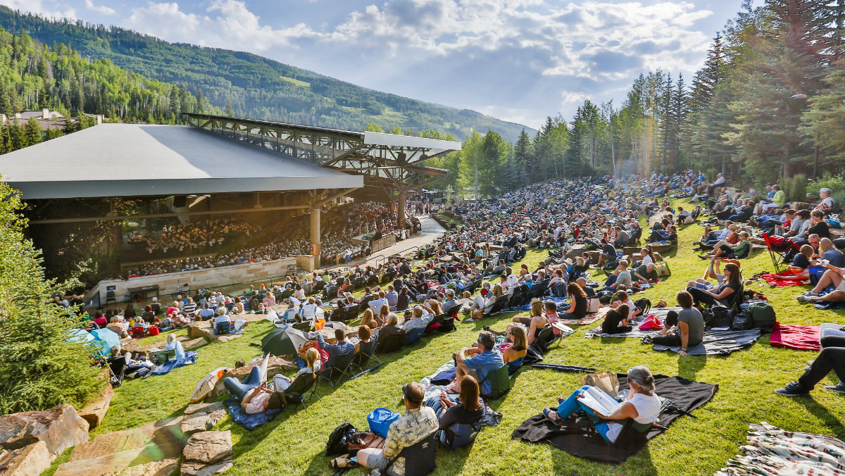 Photo: Bravo Vail audience concert wide