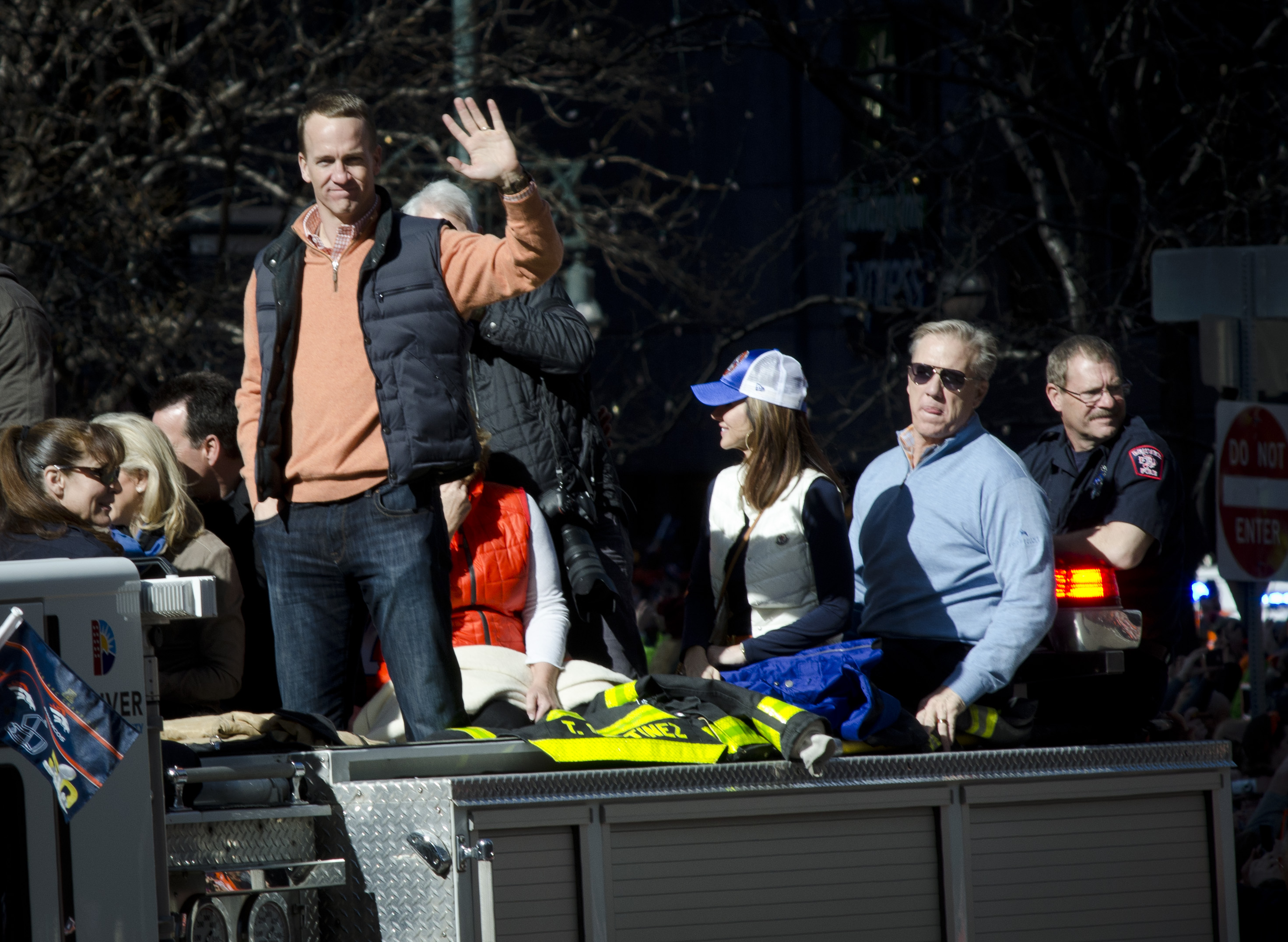 Photo: Broncos parade 7 | Manning. Elway