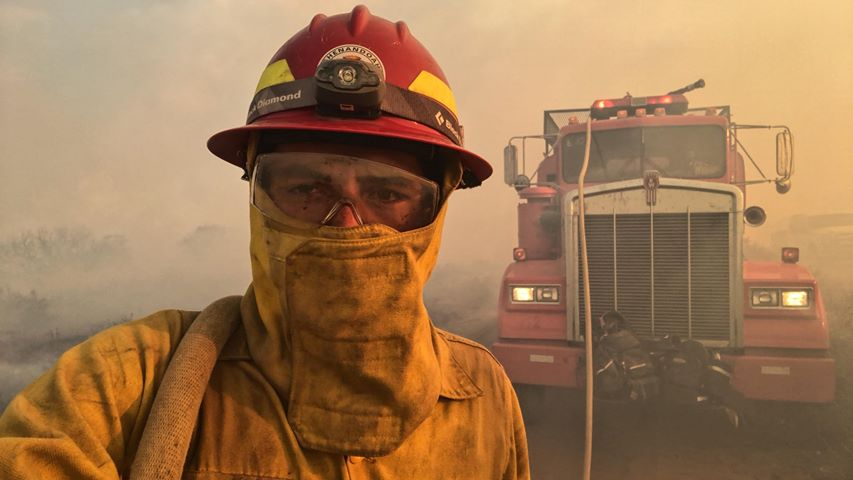Photo: Bull Draw Firefighter Selfie 8-21