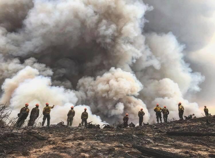 Photo: Cabin Lake Fire Wide Shot 8-20