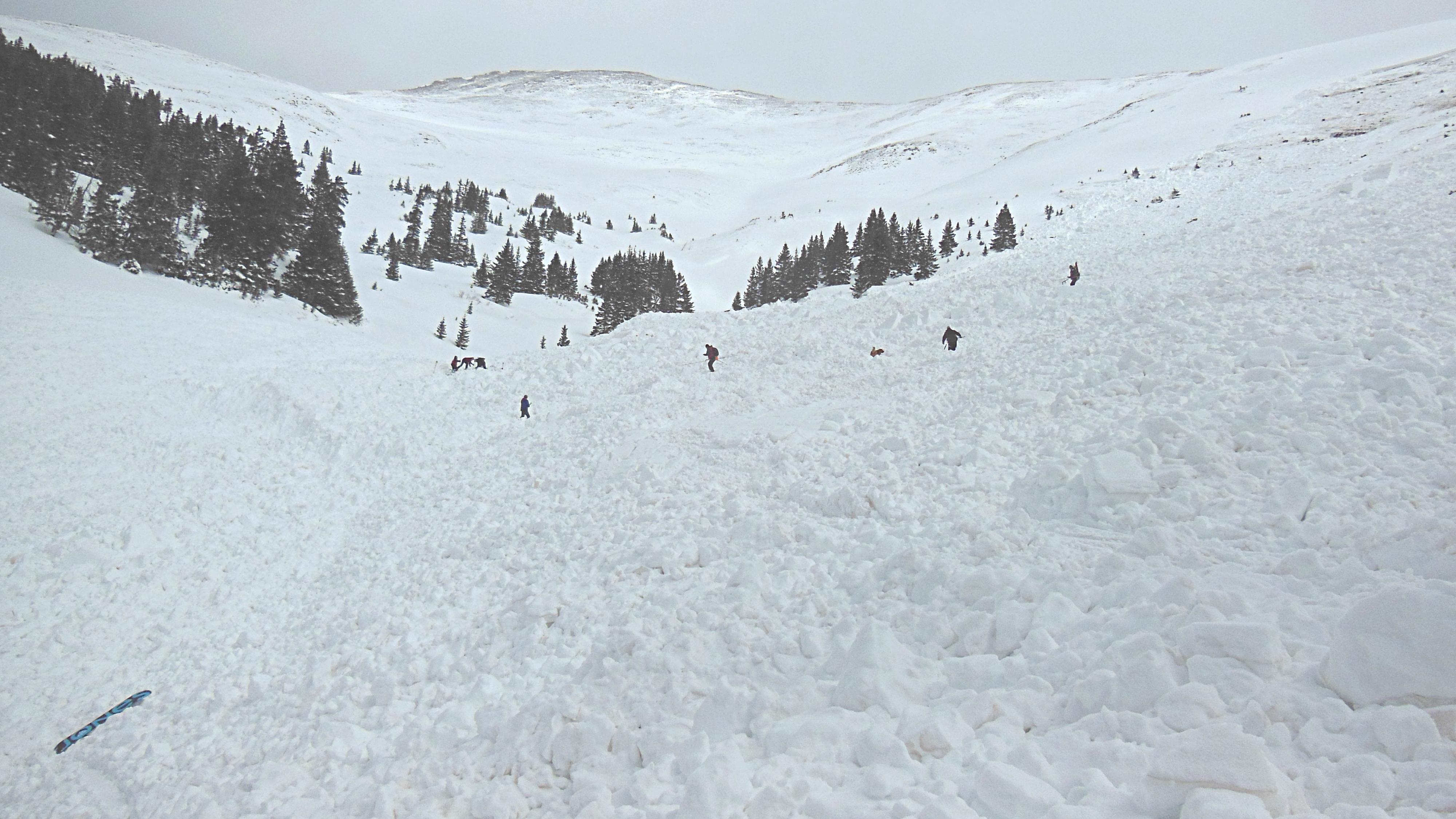 PHOTO: Avalanche 2