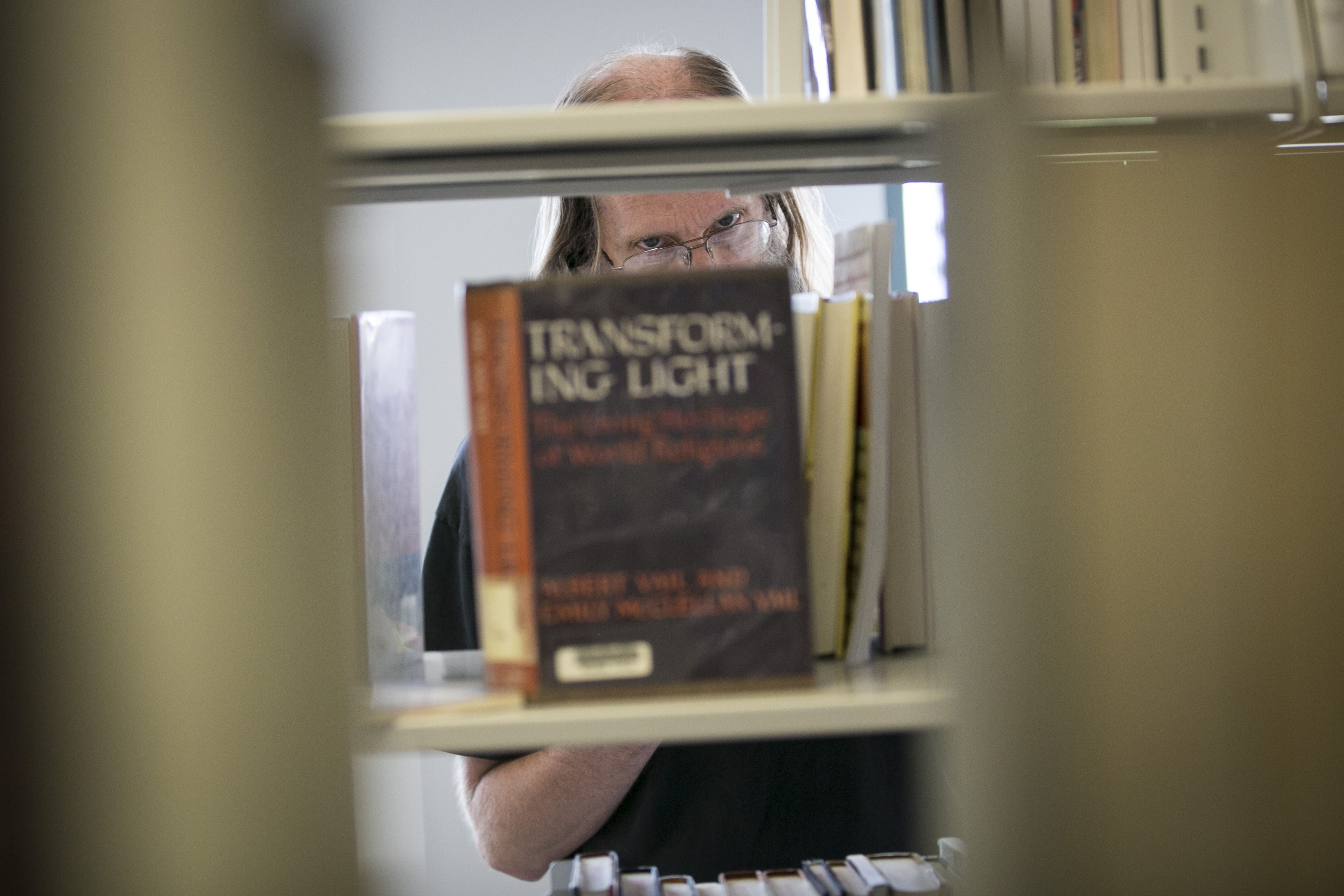 Photo: Denver Central Library 2 | Browsing stacks